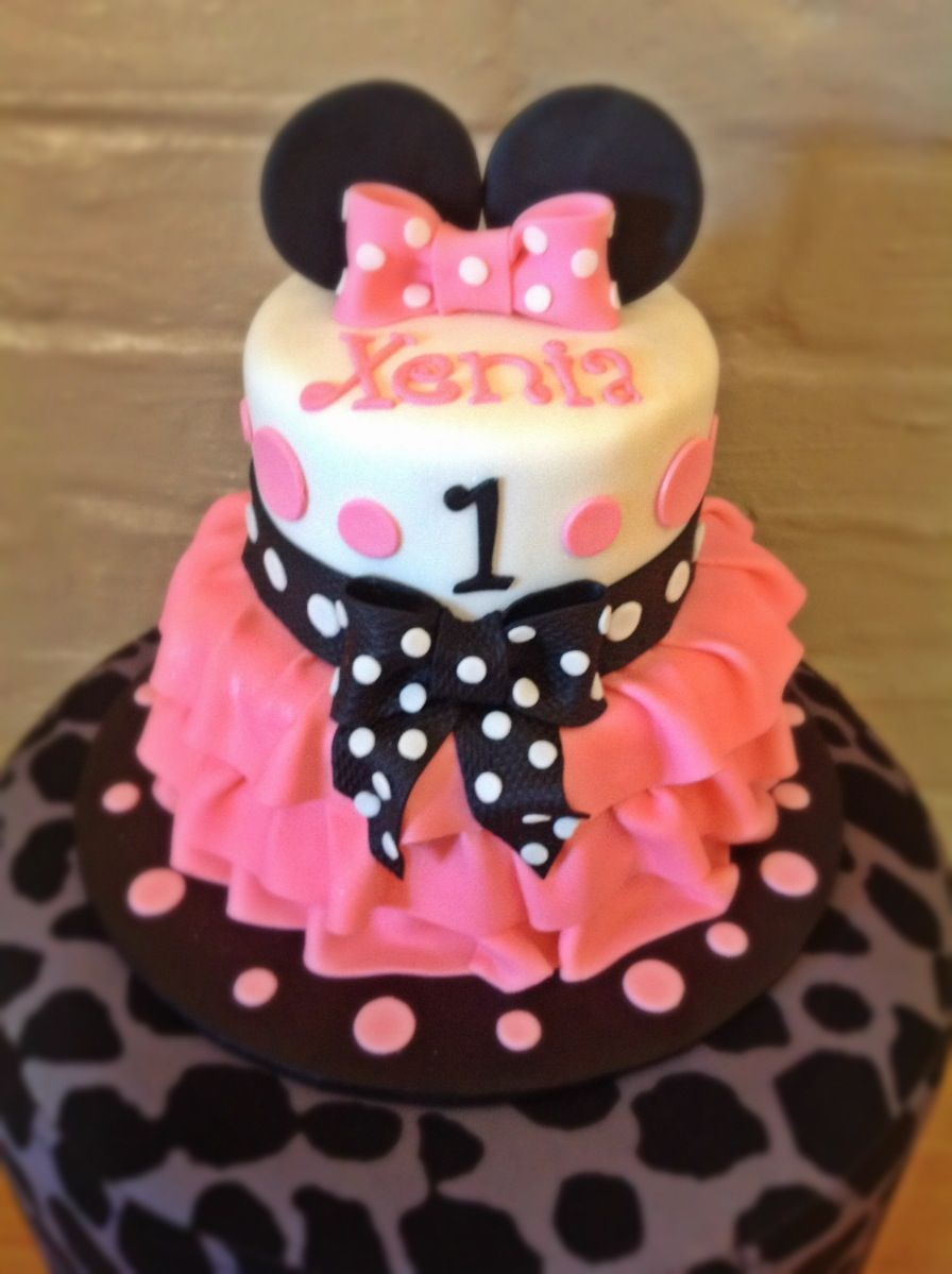Minnie Mouse cake Cake ideas Pinterest