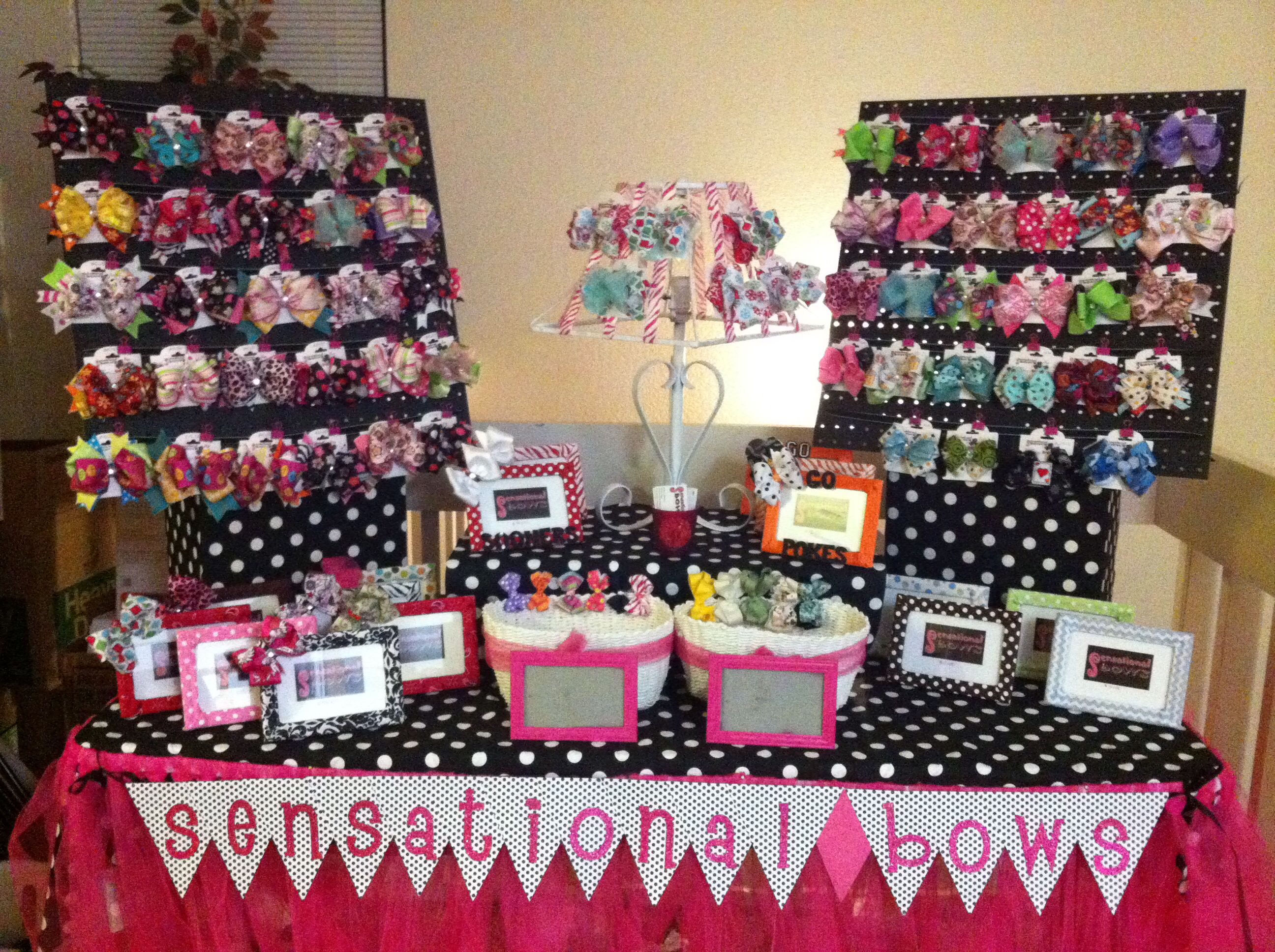 Pin by donna williams on displaying products ideas and for Table top display ideas