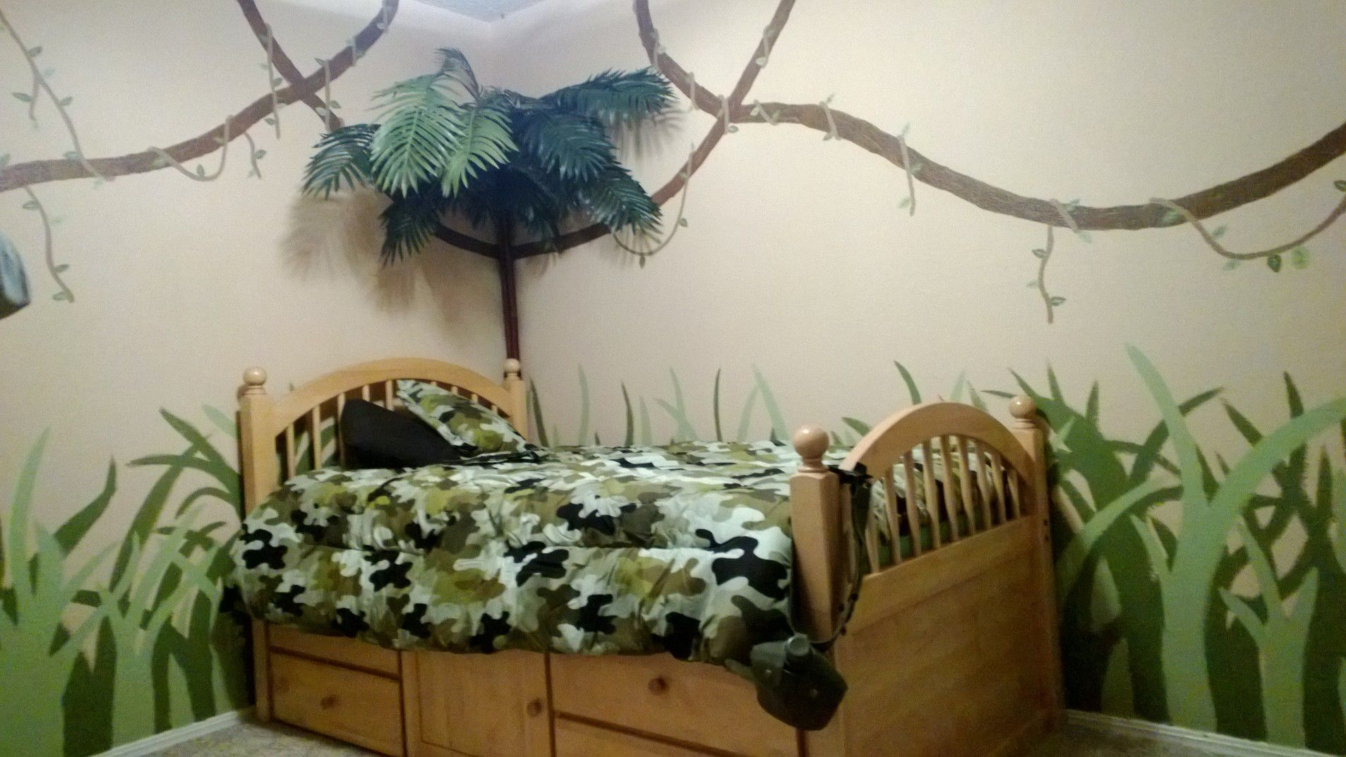 Camo boys room for kids pinterest for Camo bedroom ideas boys
