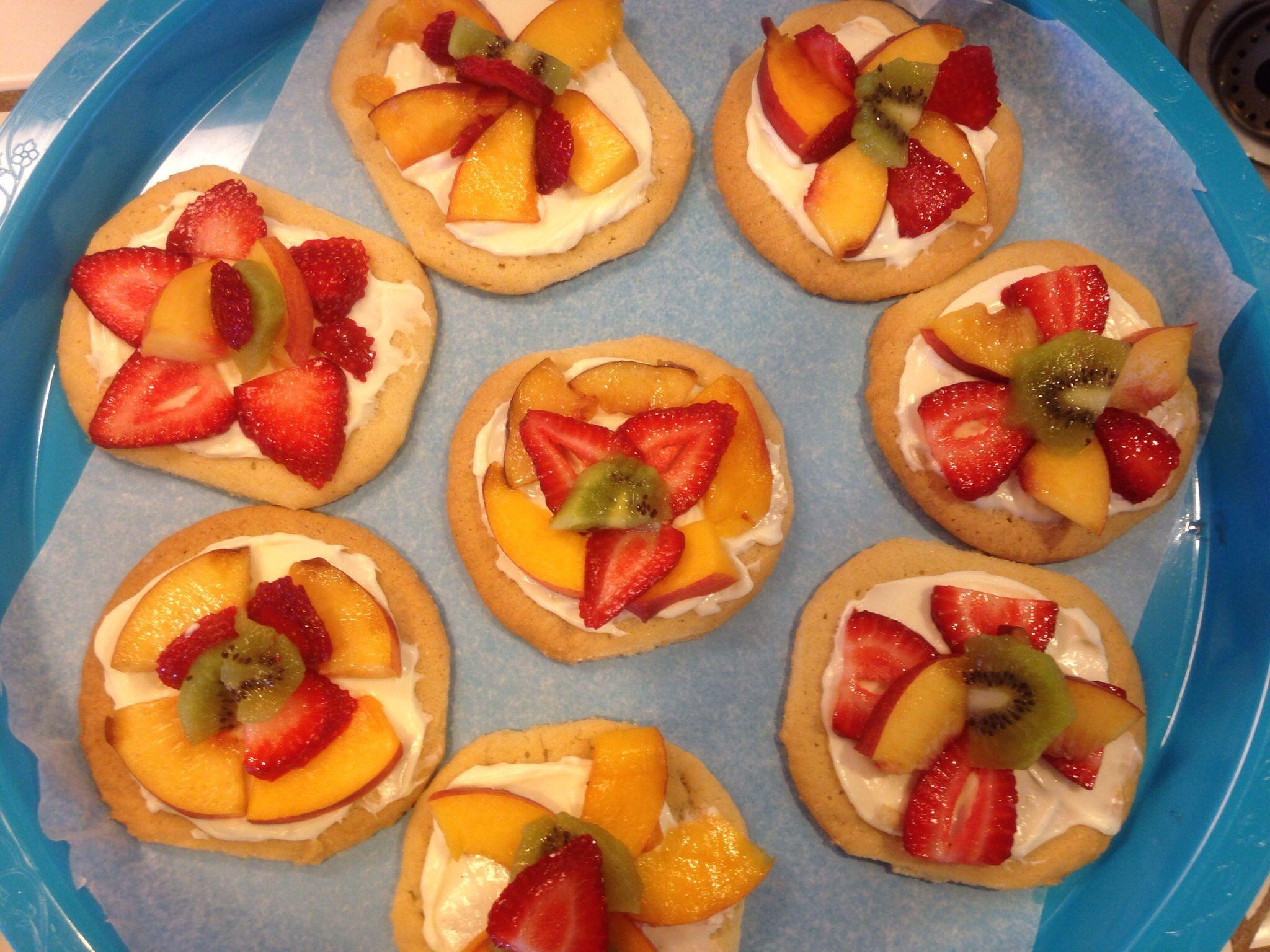 Mini Fruit Pizza | I DID IT! | Pinterest