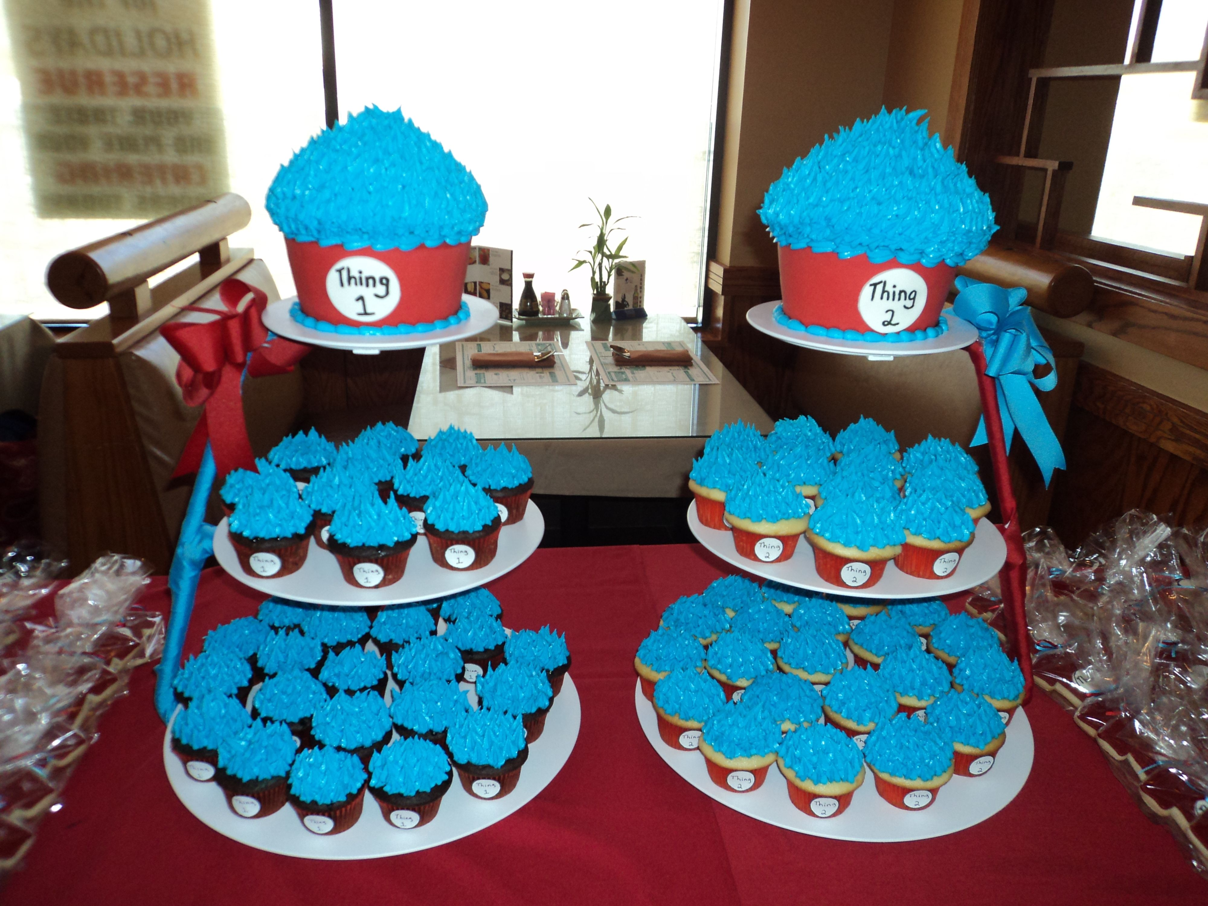 Thing 1/ Thing 2 for twins 1st birthday  Party Ideas  Pinterest