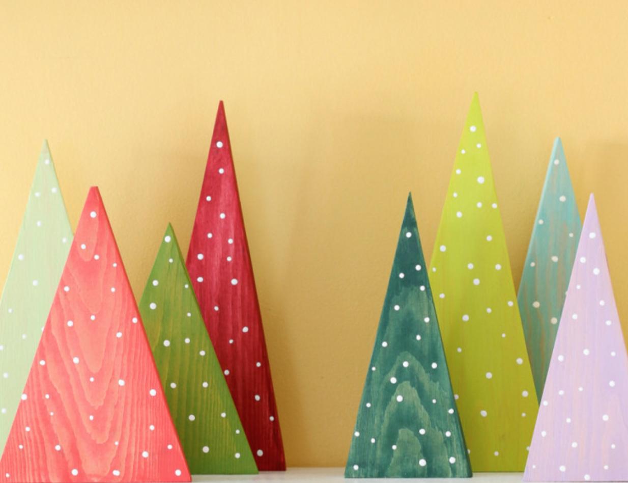 Wood cutout christmas h o m e pinterest for Wooden christmas cutouts