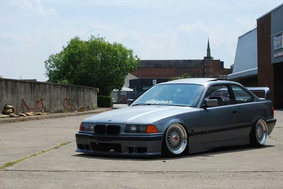 bmw e36 3 series grey slammed bmw ultimate driving machine pint. Black Bedroom Furniture Sets. Home Design Ideas