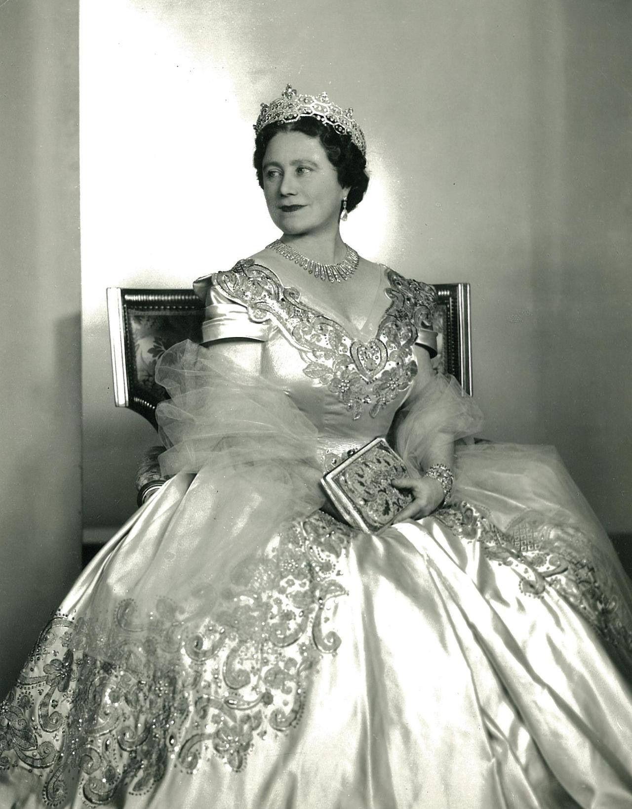 elizabeth the queen mother the queen mother pinterest