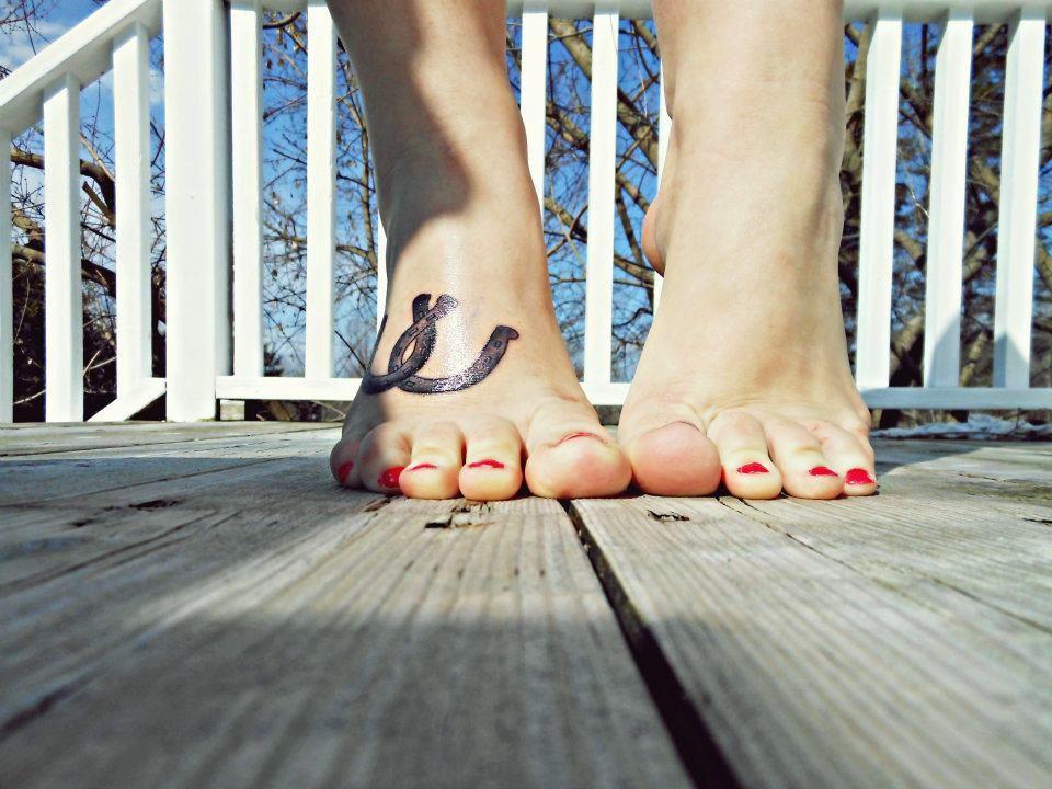 horseshoe tattoo, foot tattoo | Tattoos | Pinterest
