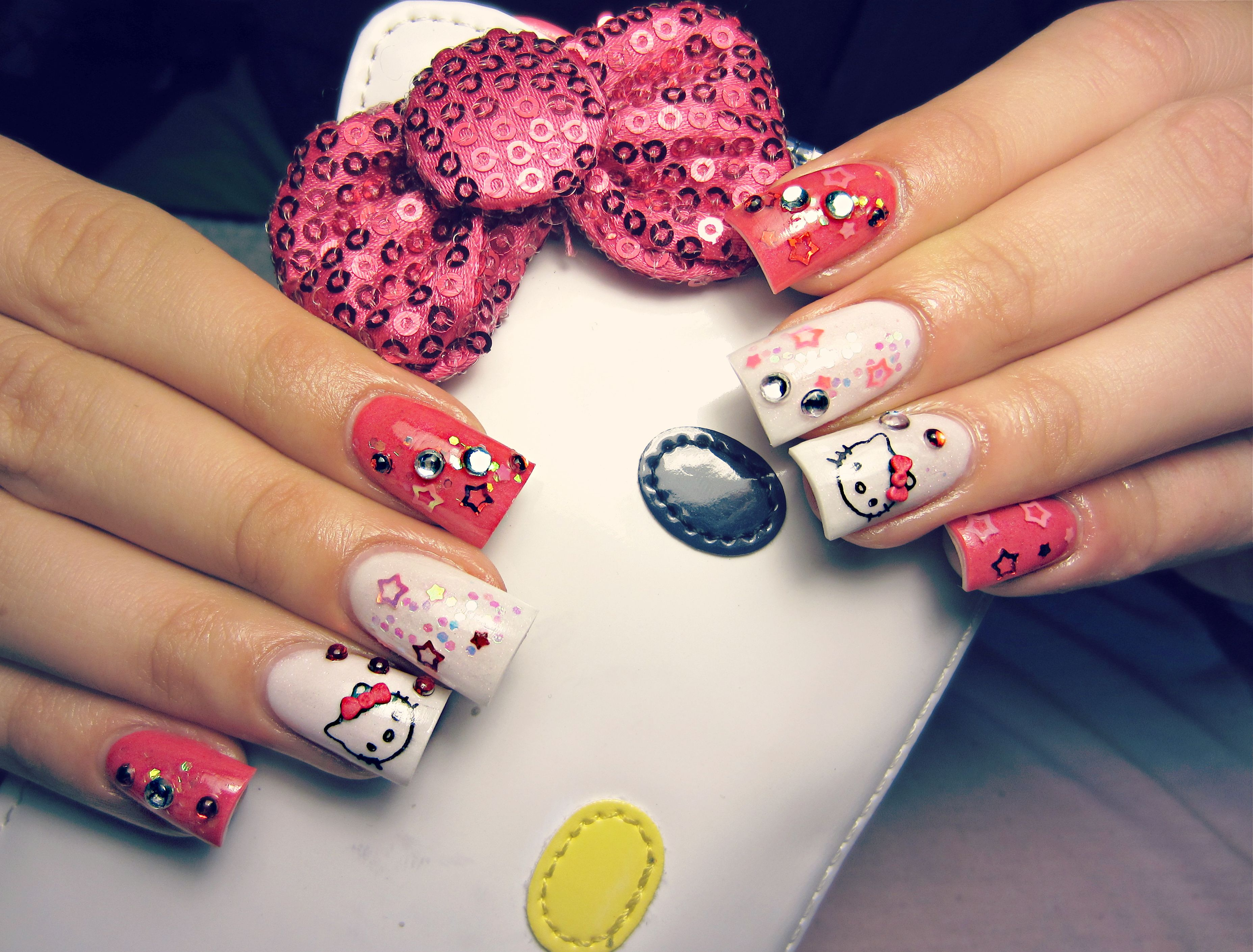 Hello Kitty Nails  hellokitty  bows   Nails   Pinterest