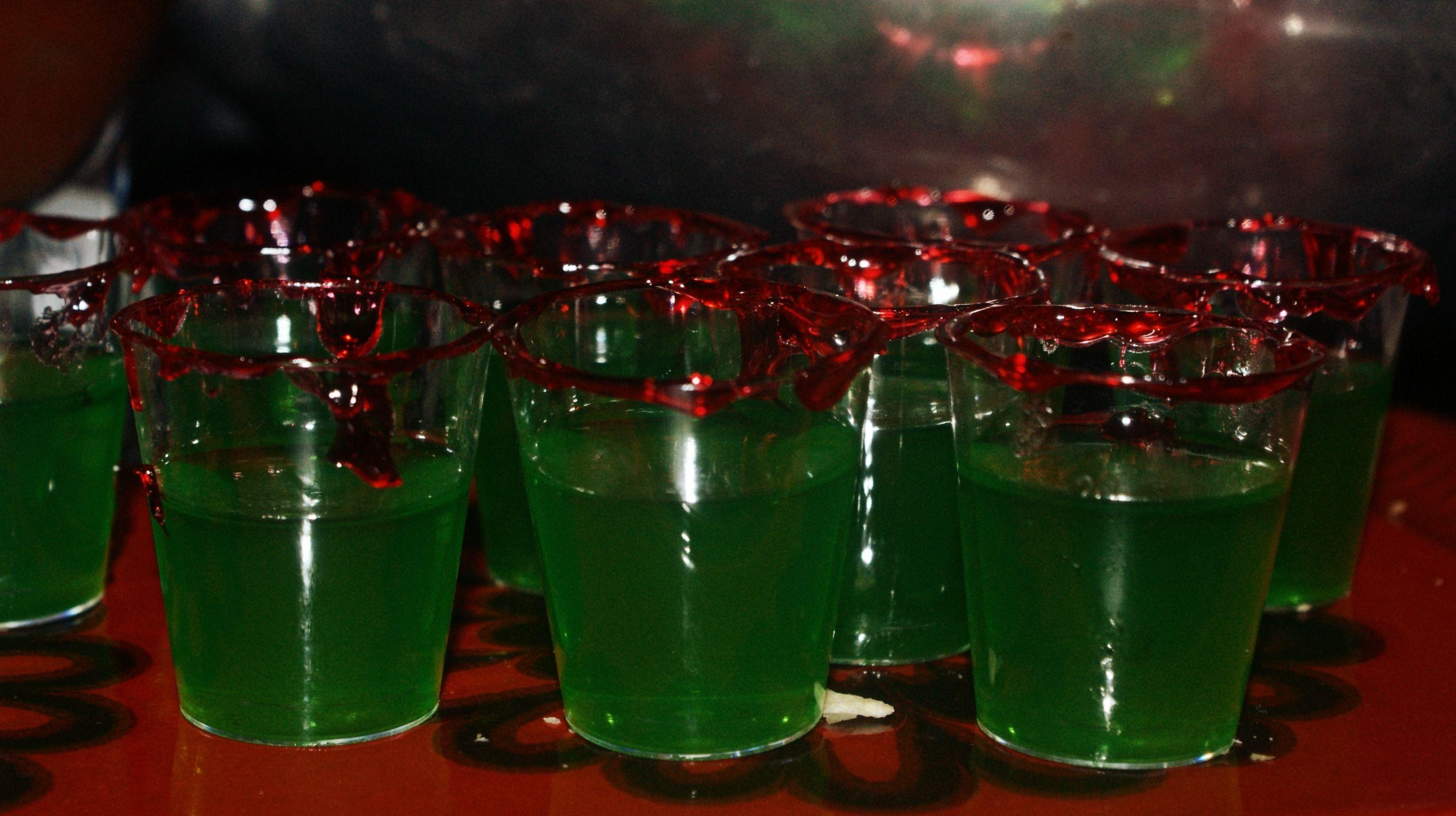 halloween jello shots gummy worms