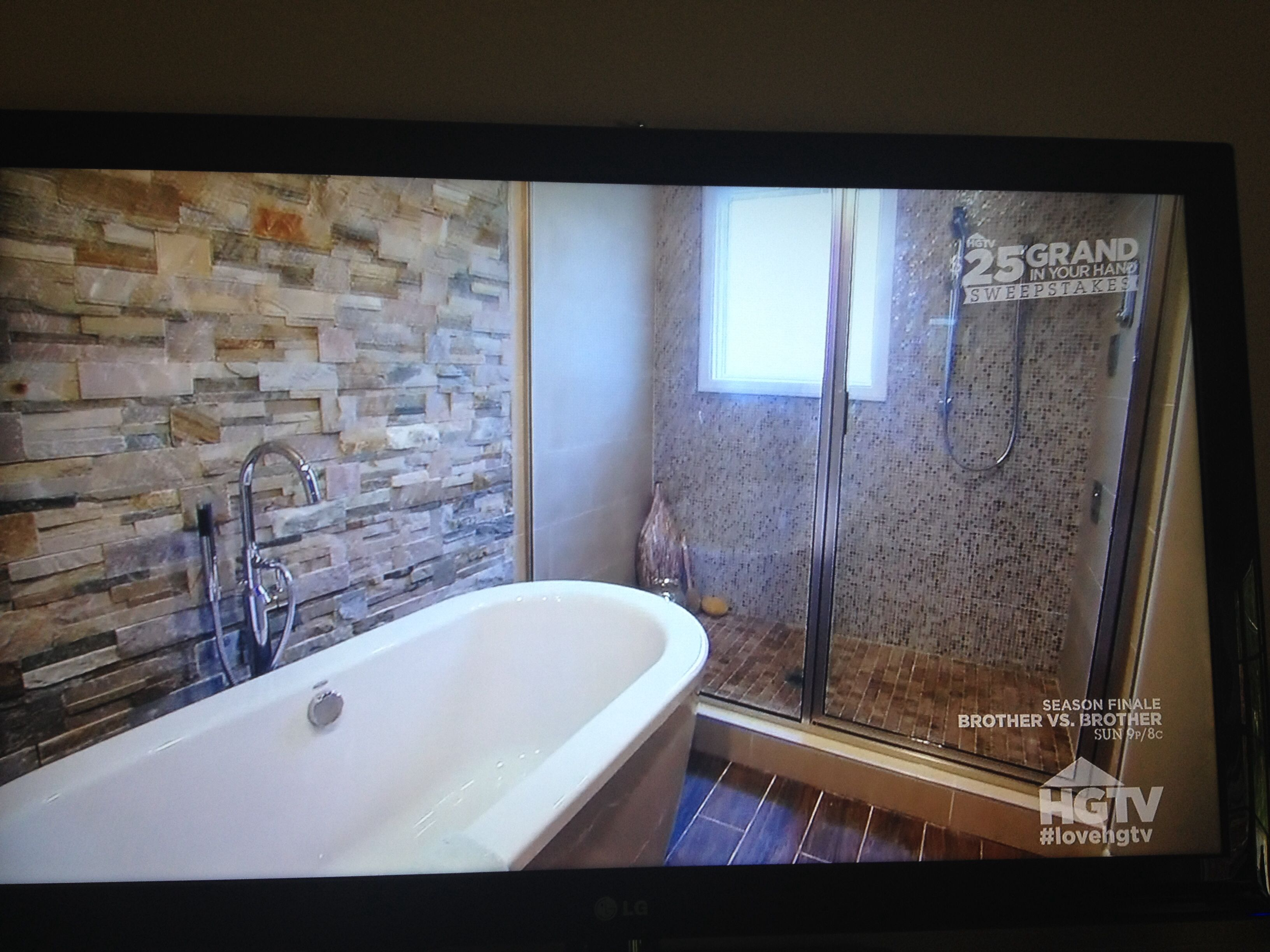 Property brothers bathroom bath tubs pinterest for Property brothers bathroom photos