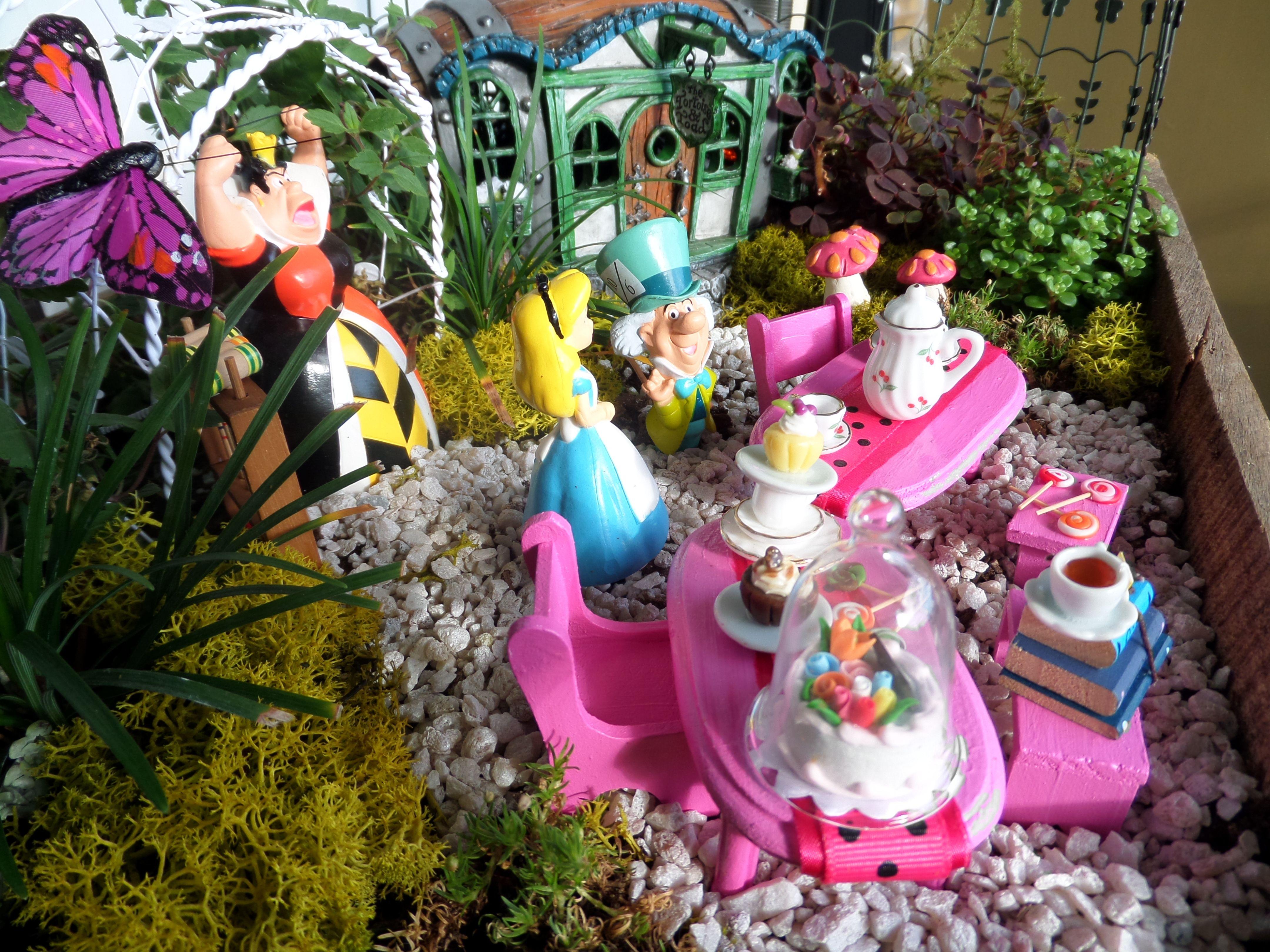 Mad Hatter Scene Fairy Garden Pinterest