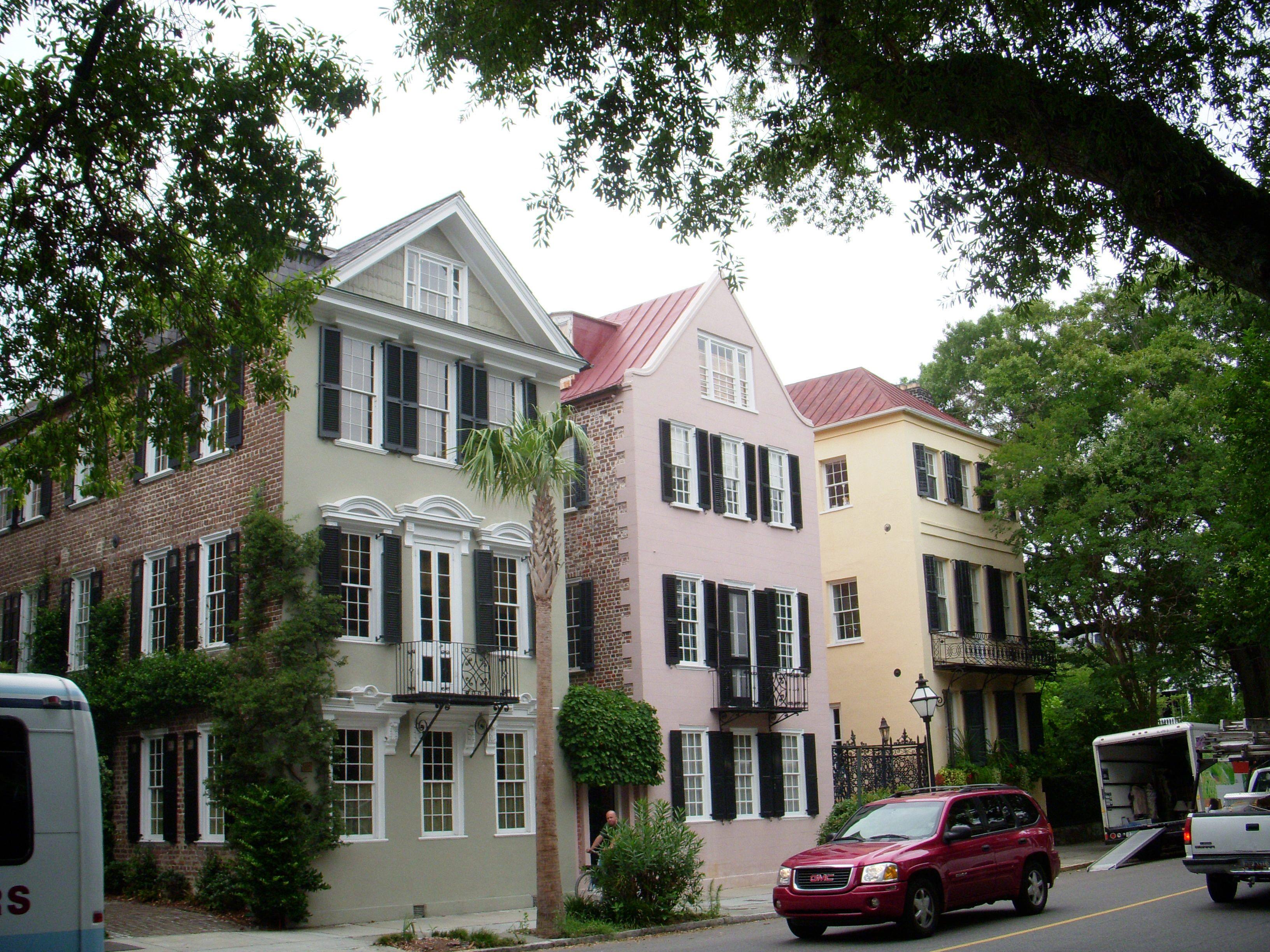 Rainbow row charleston south carolina homes pinterest for Charleston row houses