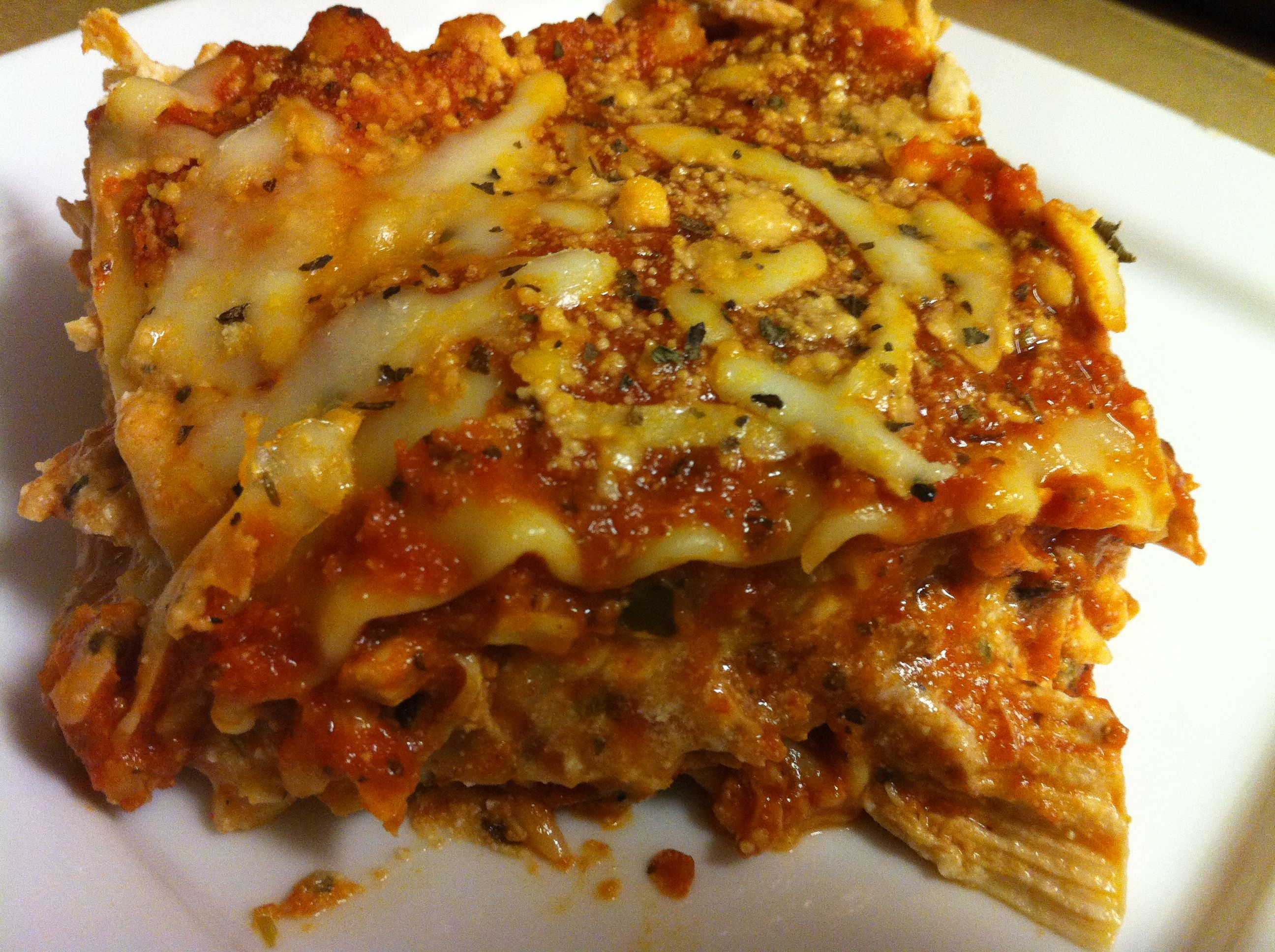 Chicken and Roasted Garlic Lasagna | Mine Mine Mine! | Pinterest