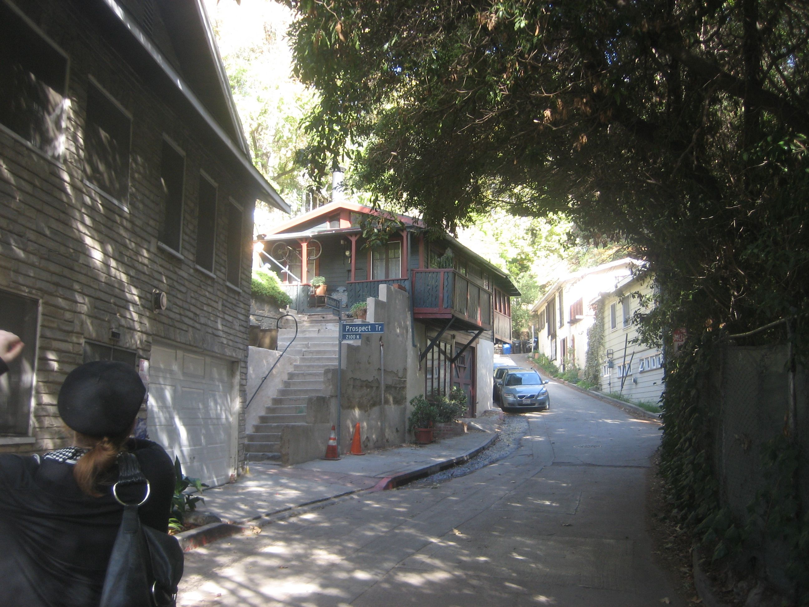 Streets of laurel canyon one day pinterest for Canyon house