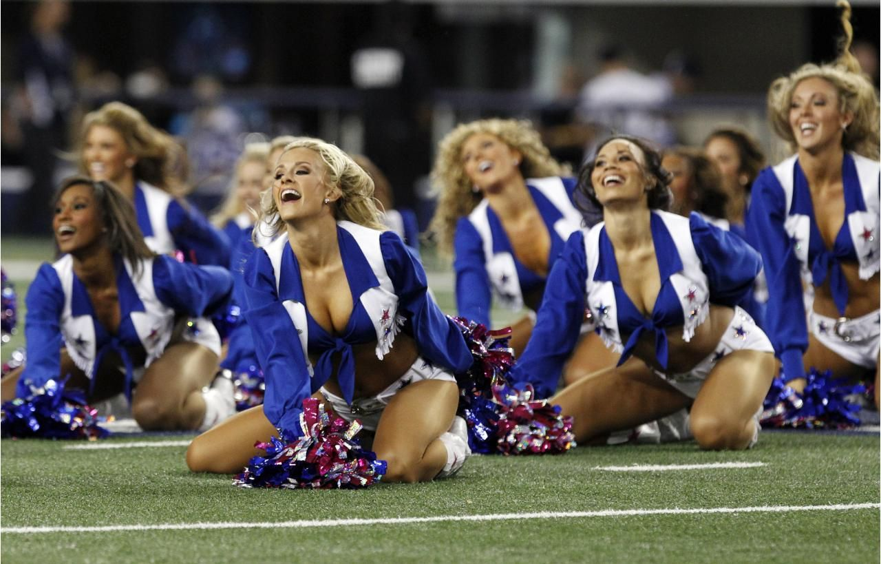 Pin by Brandon J. Mallory on Cheerleaders!!! | Pinterest