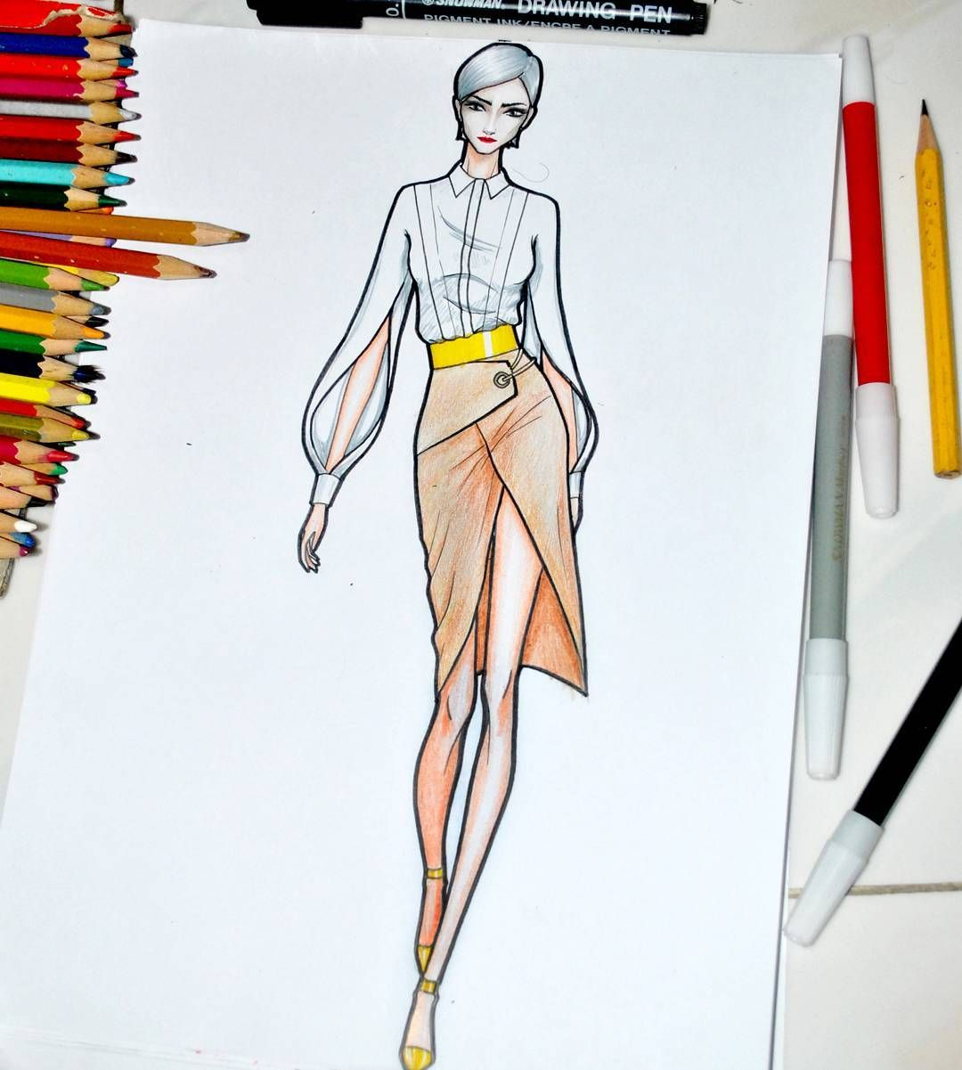 Fashion designer drawing software Fashion Designer - Undergraduate m