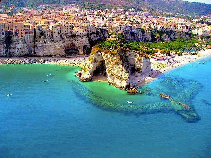 Calabrian Coast In Southern Italy Travel Beautiful Places Pinte