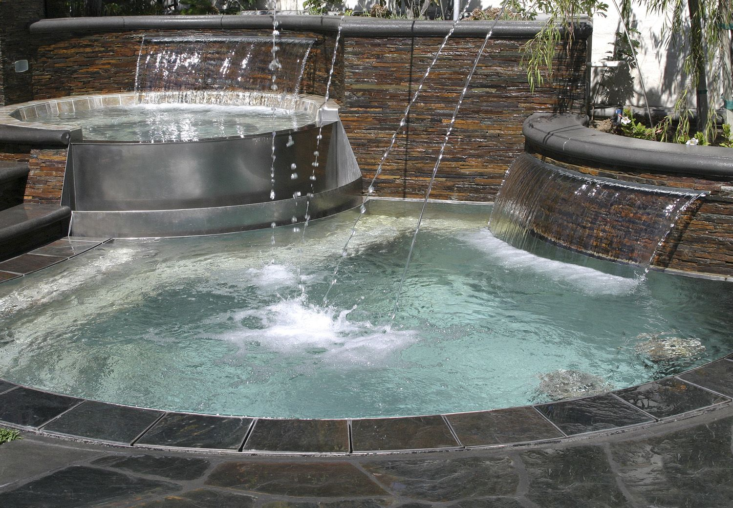 Hot Tub Water Features And Pool Fifis Favorite Floating
