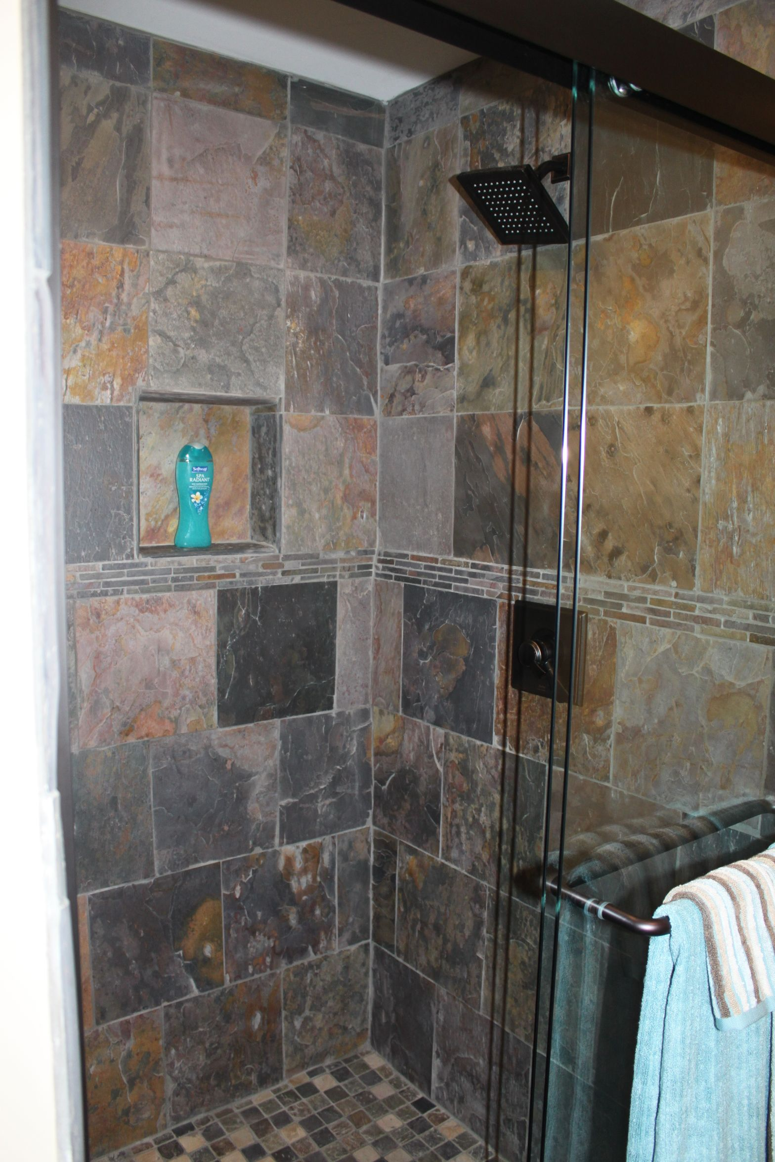 Natural slate shower house pinterest for Slate tile bathroom ideas