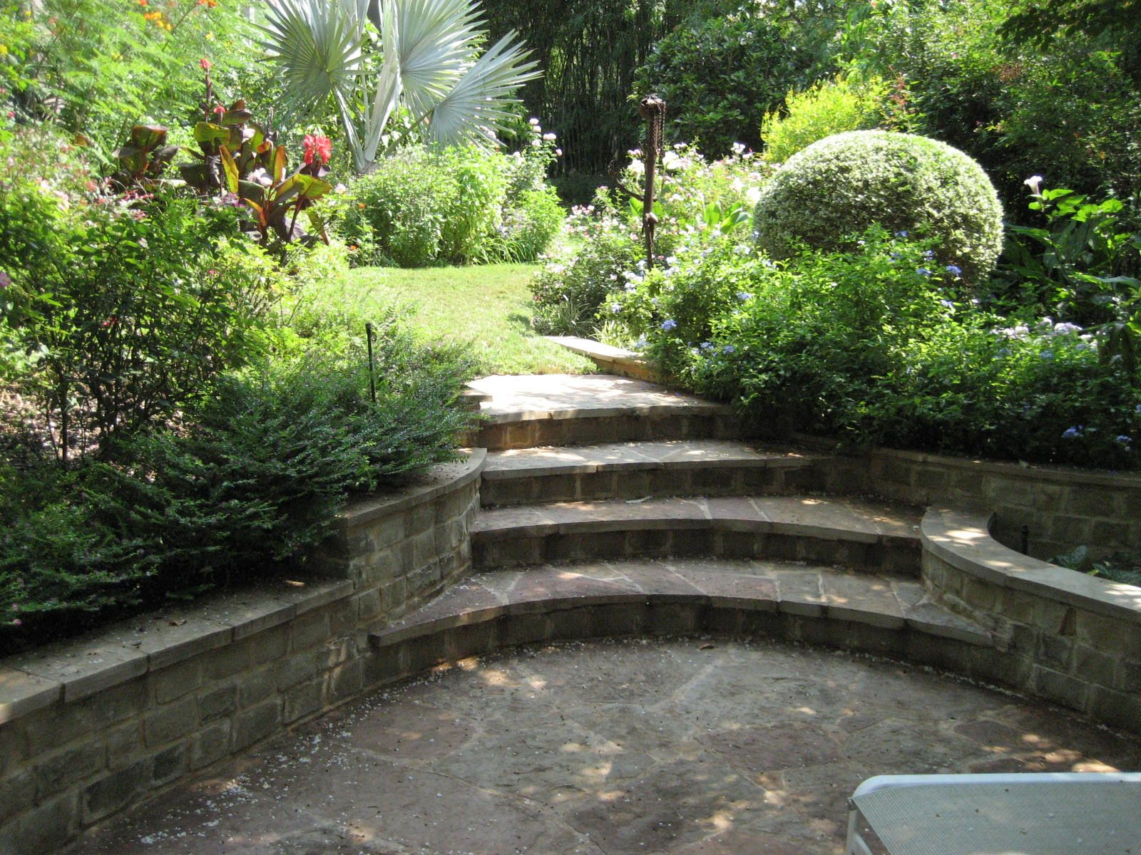 Landscaping On Side Of House : Side of house landscaping ideas