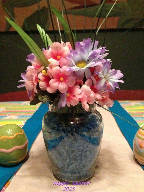 Small flower arrangement for table hoppy easter pinterest for Small flower arrangements for tables
