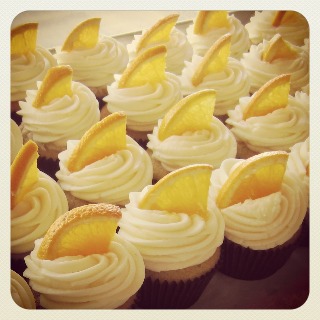 Mimosa Cupcakes | Cake decorating | Pinterest