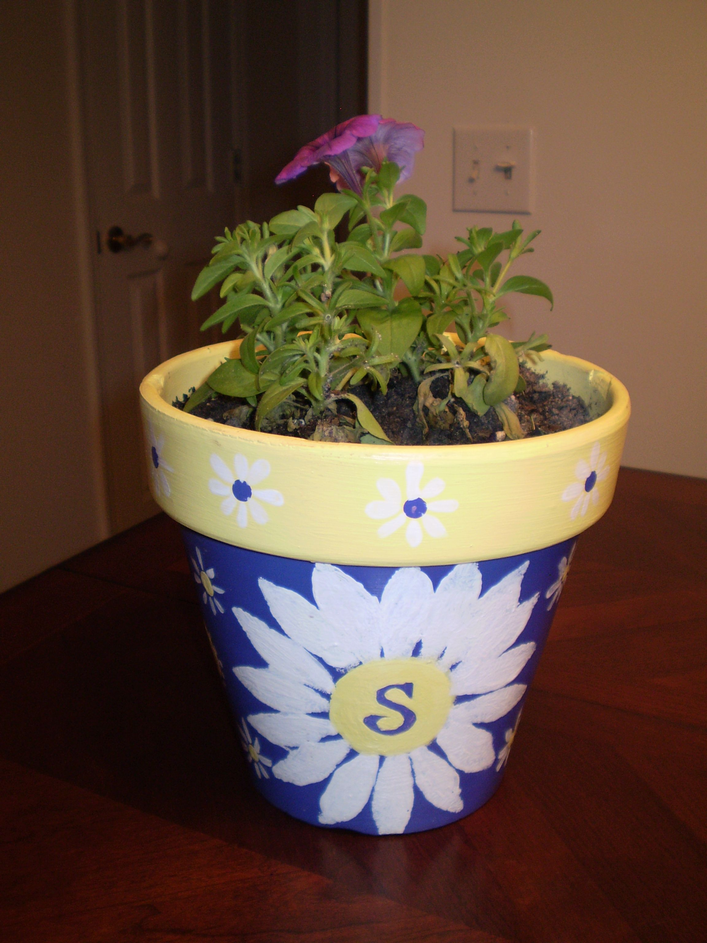 Steph 39 s s pot crafts clay pot crafts pinterest for Flower pots design images