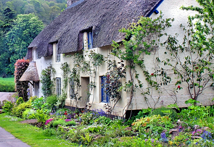 English country cottage charming cottages pinterest for Pictures of english country cottages