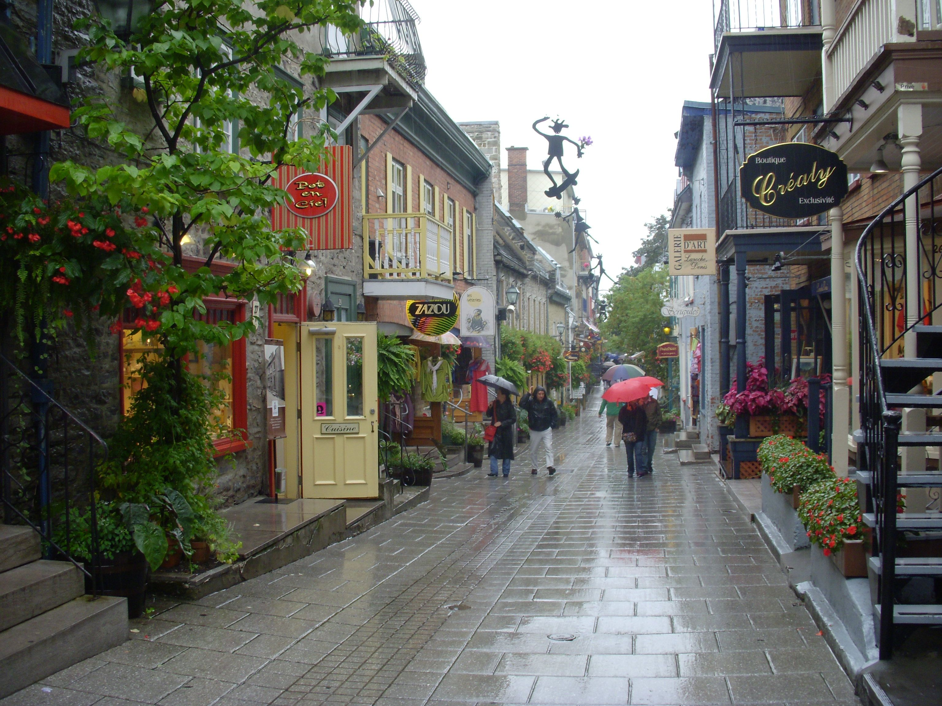 Quaint streets of quebec city canada places to see for Quebec city places to visit