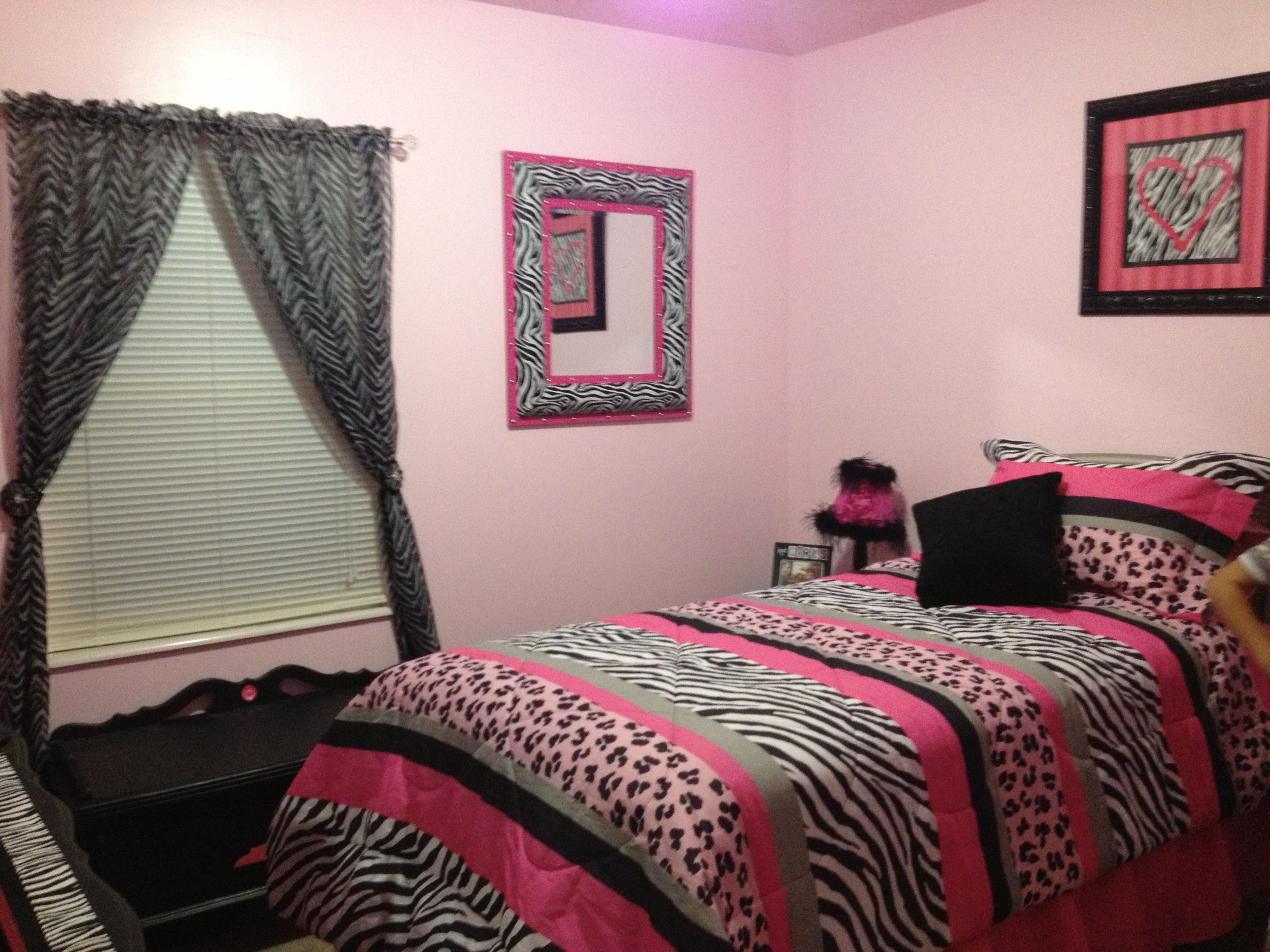 Girls Zebra Bedroom
