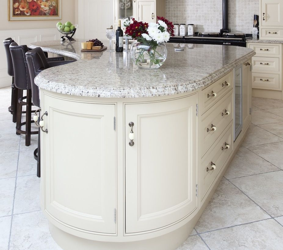 Curved island kitchen islands pinterest for Curved kitchen island designs