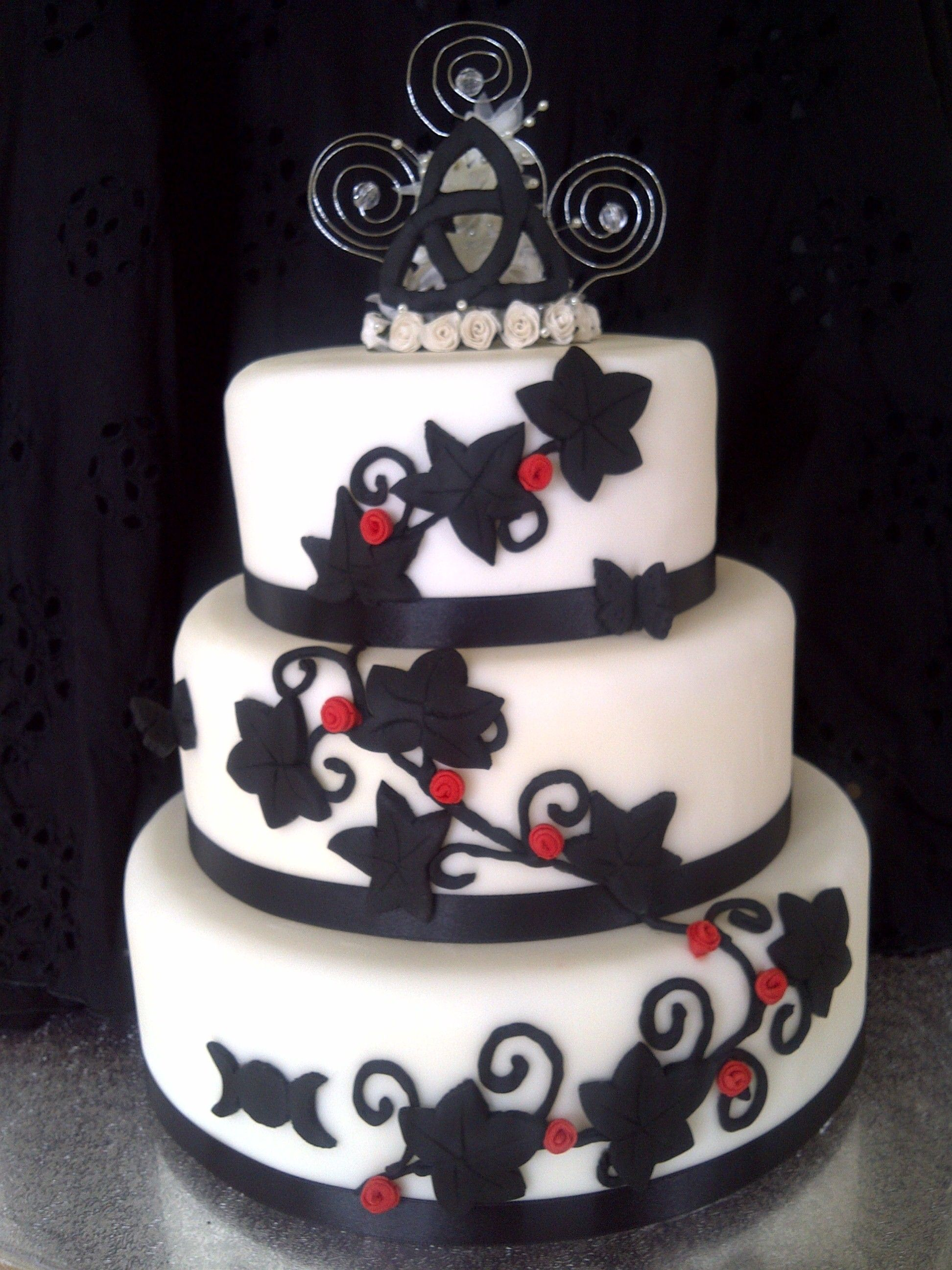 quoteko.com: quoteko.com/gothic-cake.html
