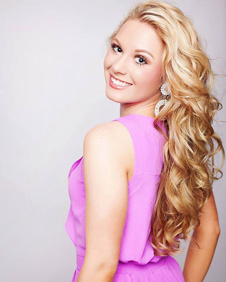 Miss Virginia'S Outstanding Teen 118