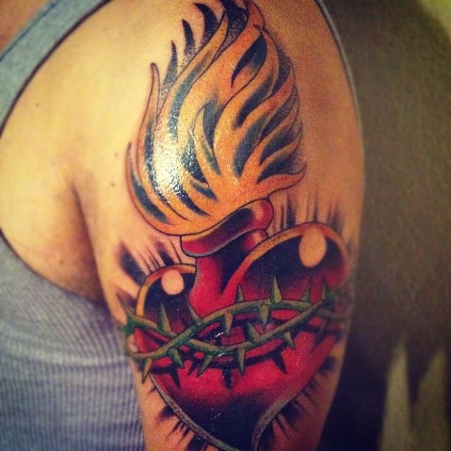 32 Best Heart Tattoos Images On Pinterest: Sacred Heart Tattoo