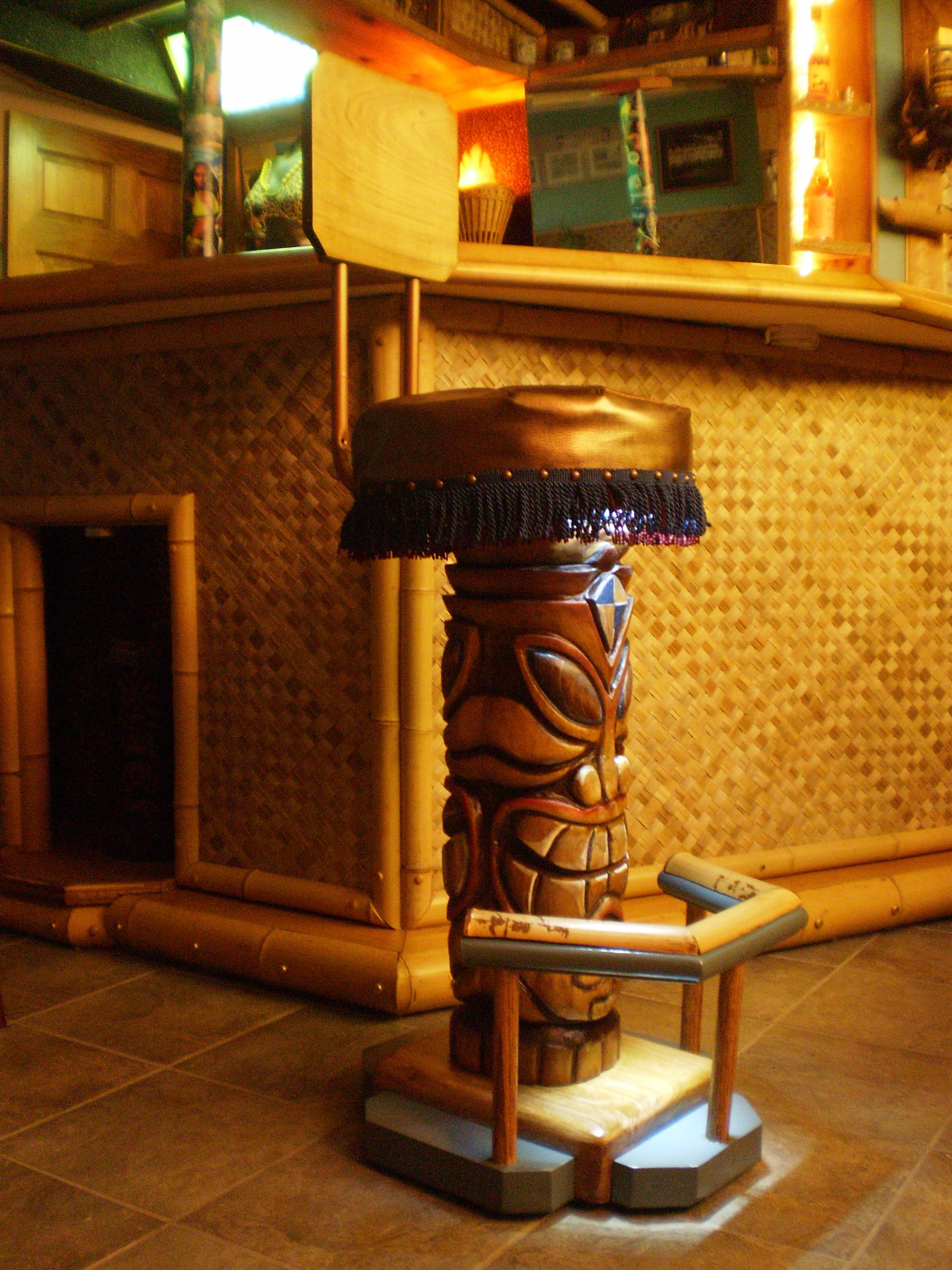 Man Cave Tiki Bar : Moved permanently