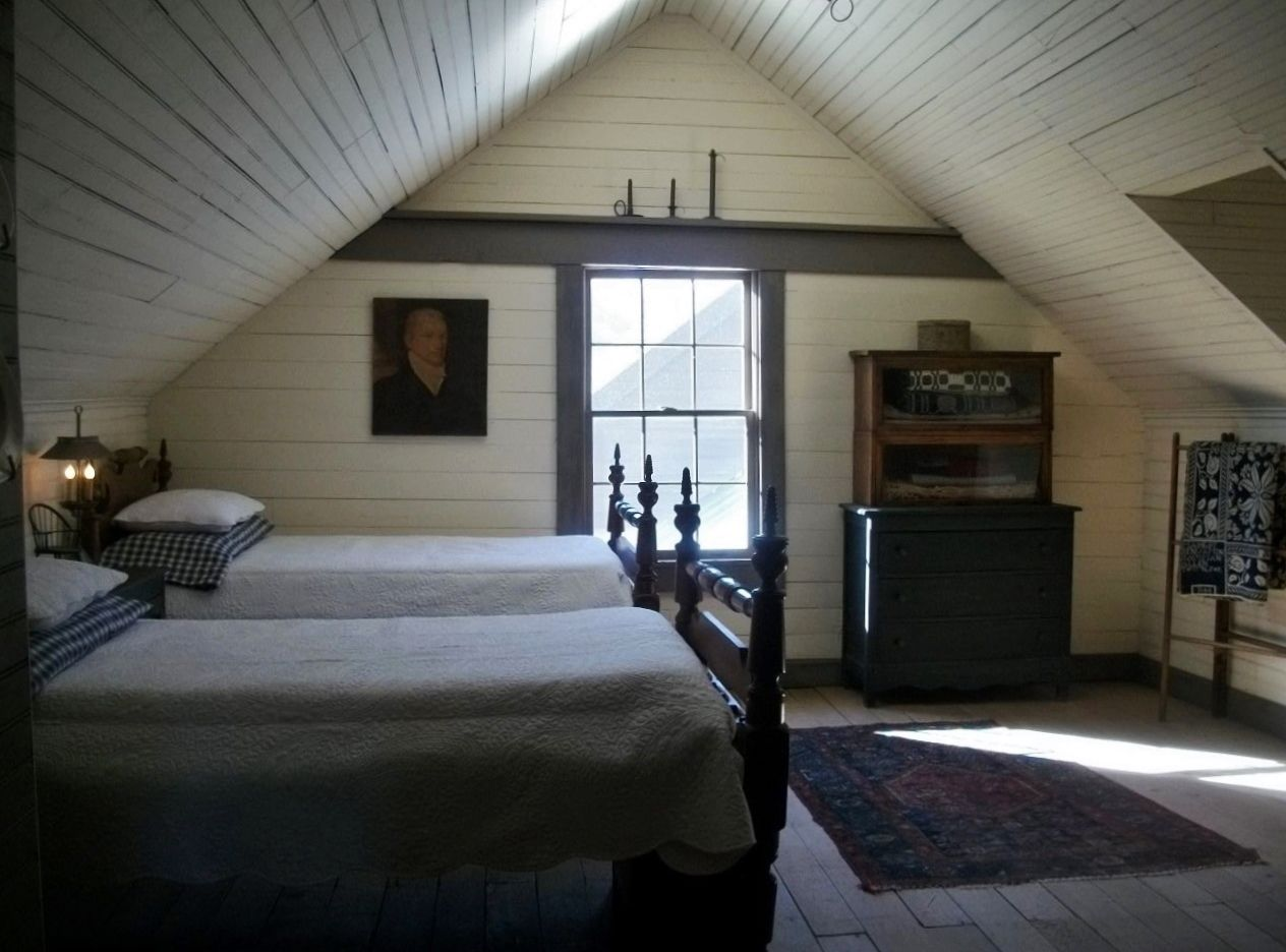 Under the eaves on pinterest attic bedrooms attic An attic room