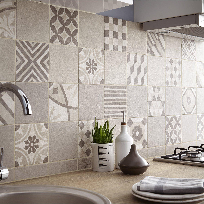Faïence mur beige décor colysée ellipse l30 x L60 cm