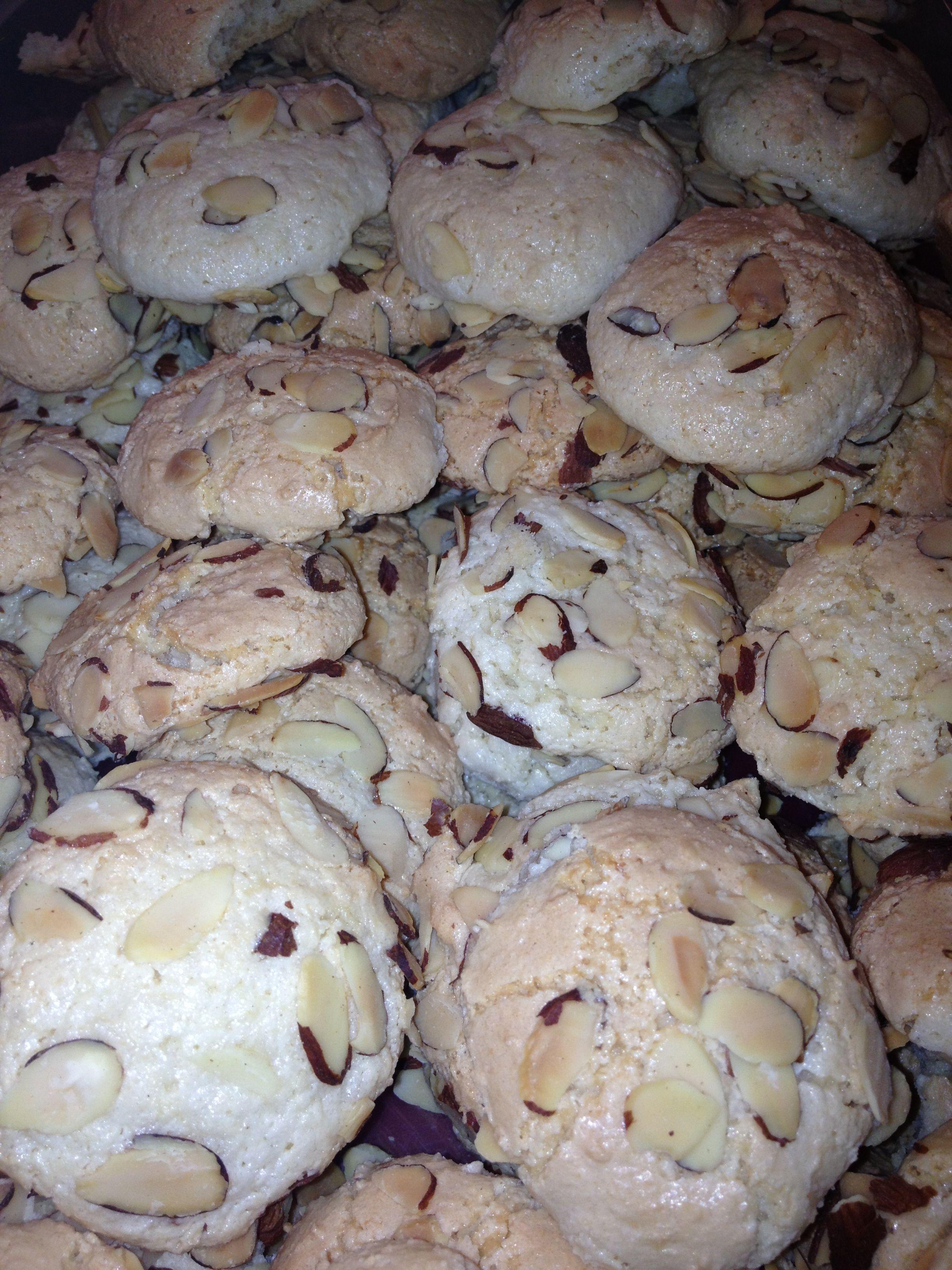 Italian almond cookies | Cookies | Pinterest