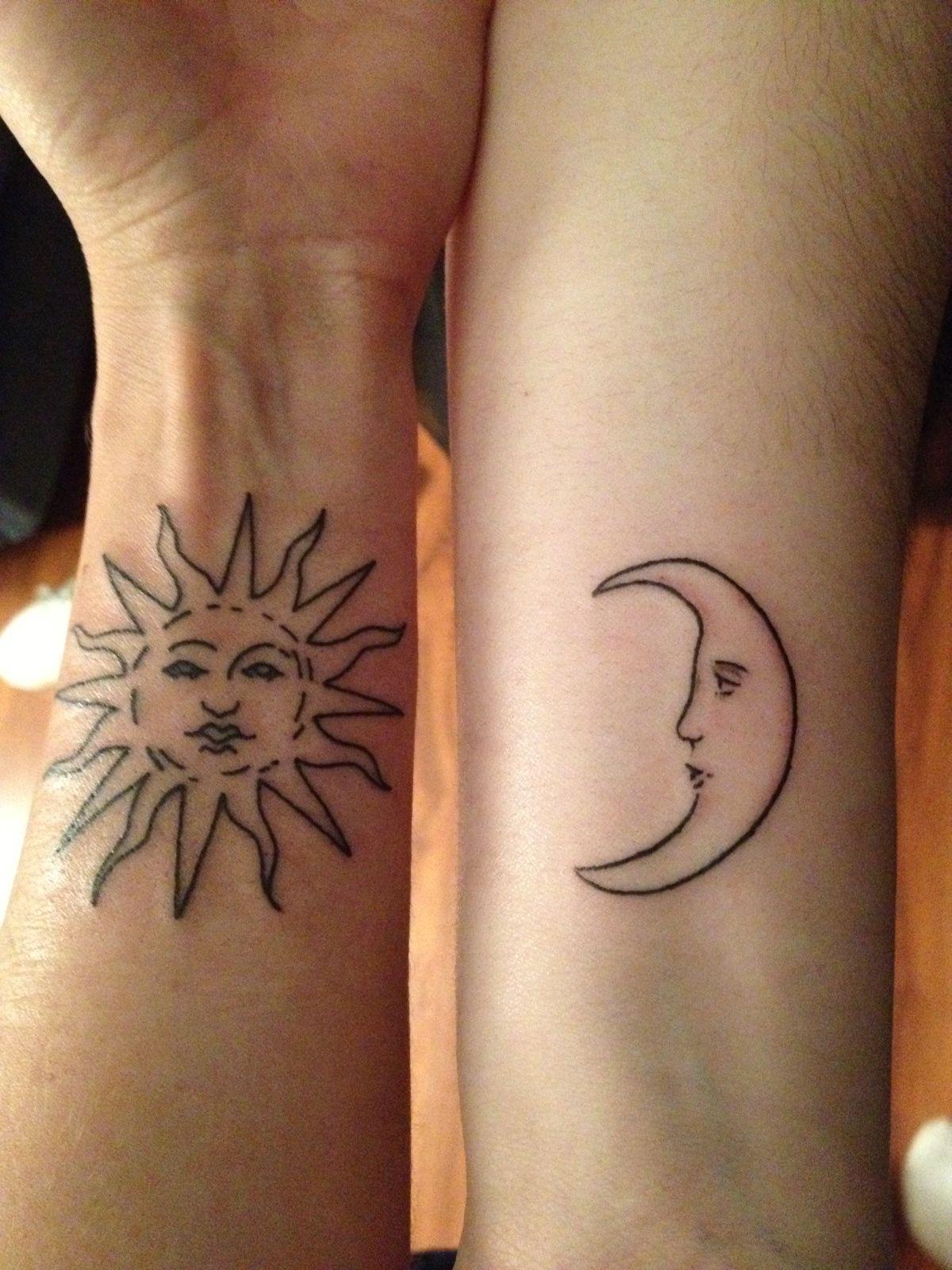 Татуировки на руке солнца фото