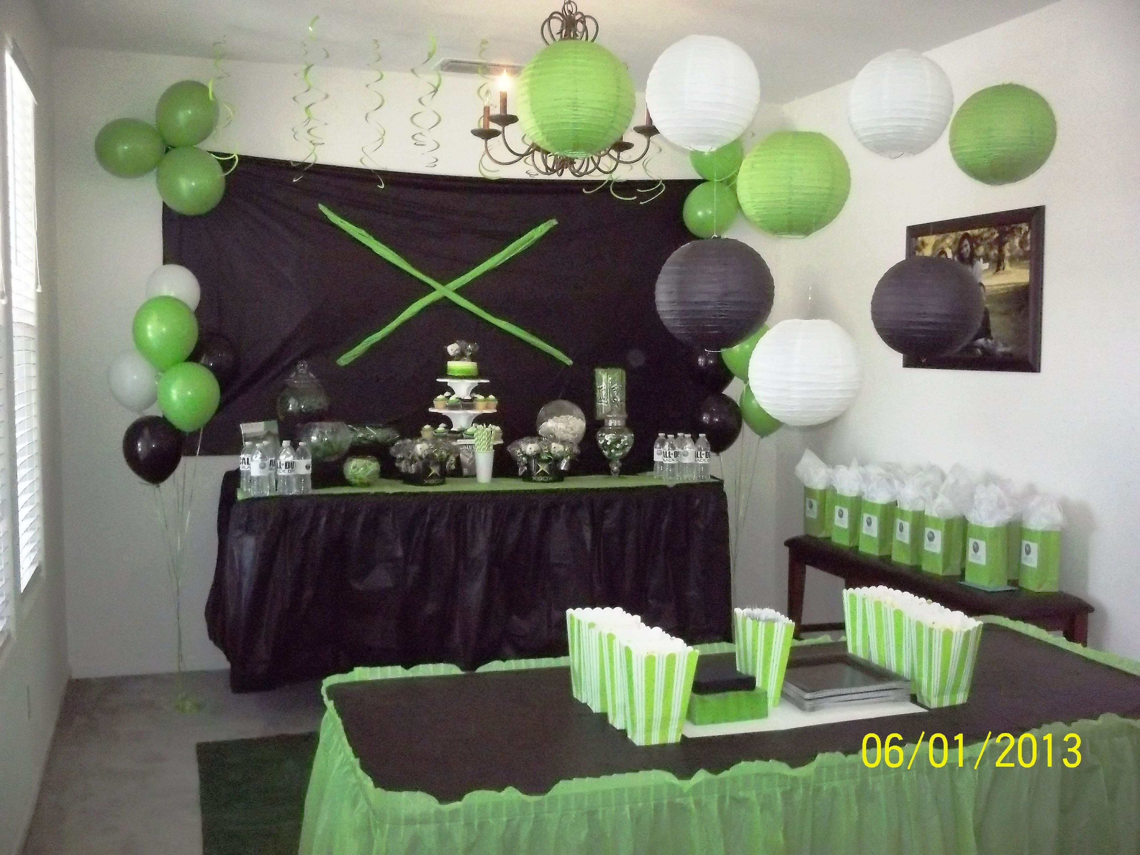 Xbox party set up birthday parties pinterest Game decoration