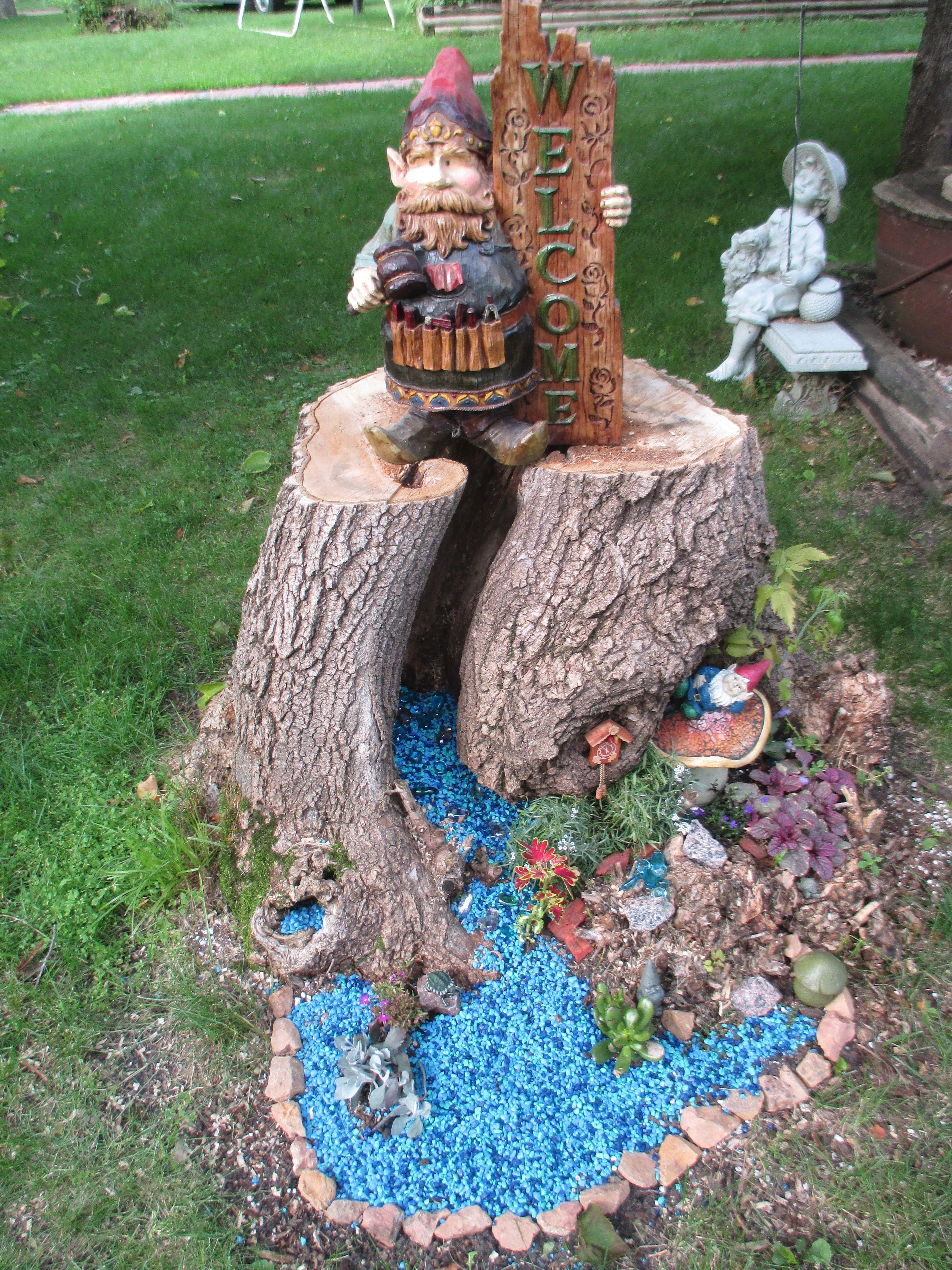 Tree Stump Gnome Garden Craft Ideas Pinterest