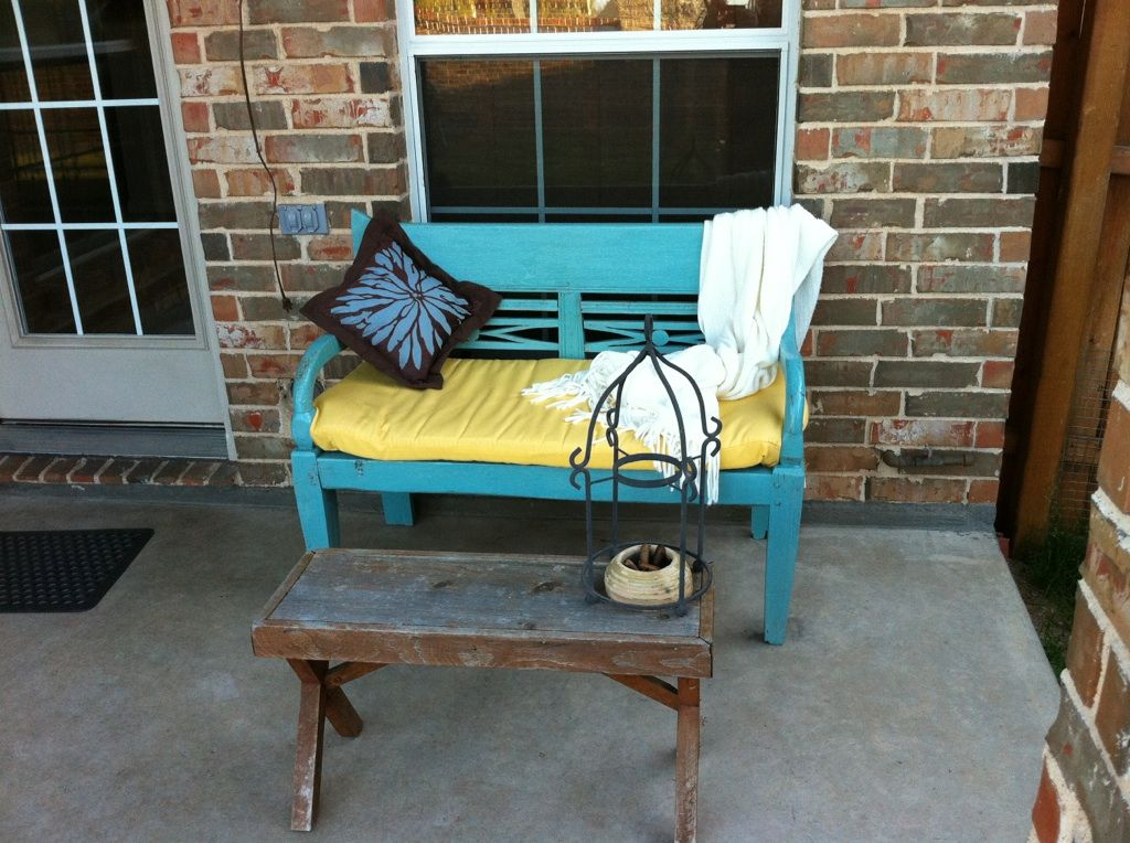 Chalk painted bench outdoor room decor pinterest for Painted benches outdoor