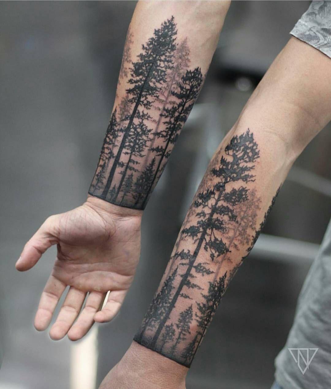 Тату лес на руке вокруг