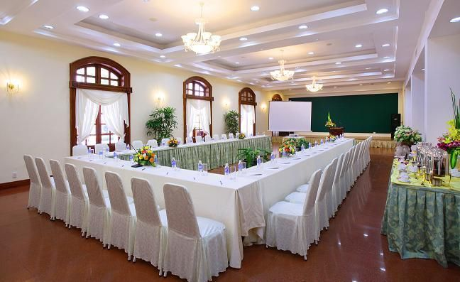 Khách Sạn Continental Saigon 1