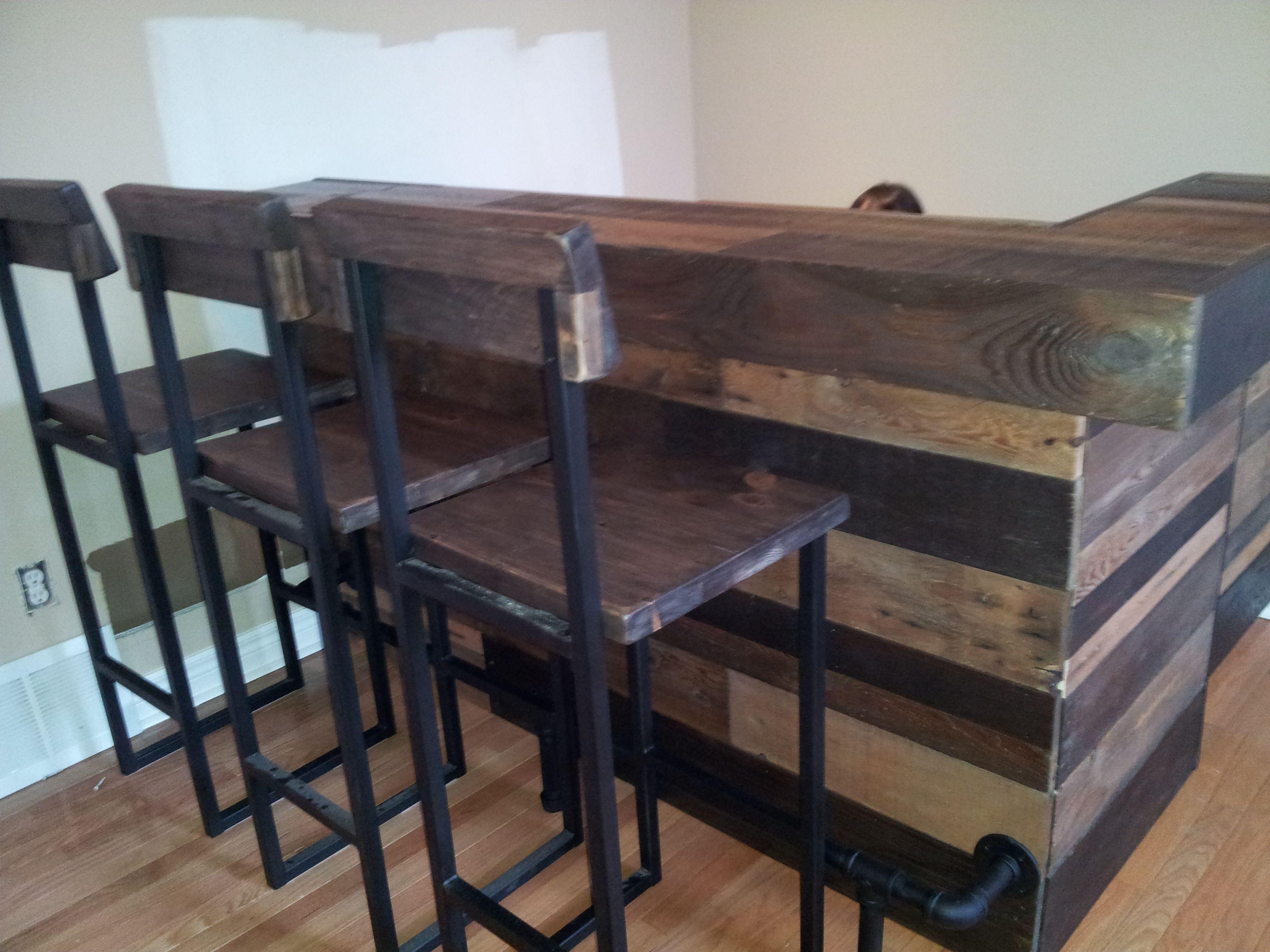 Upclaimed wood pallet bar basement bar for Pallet wood bar