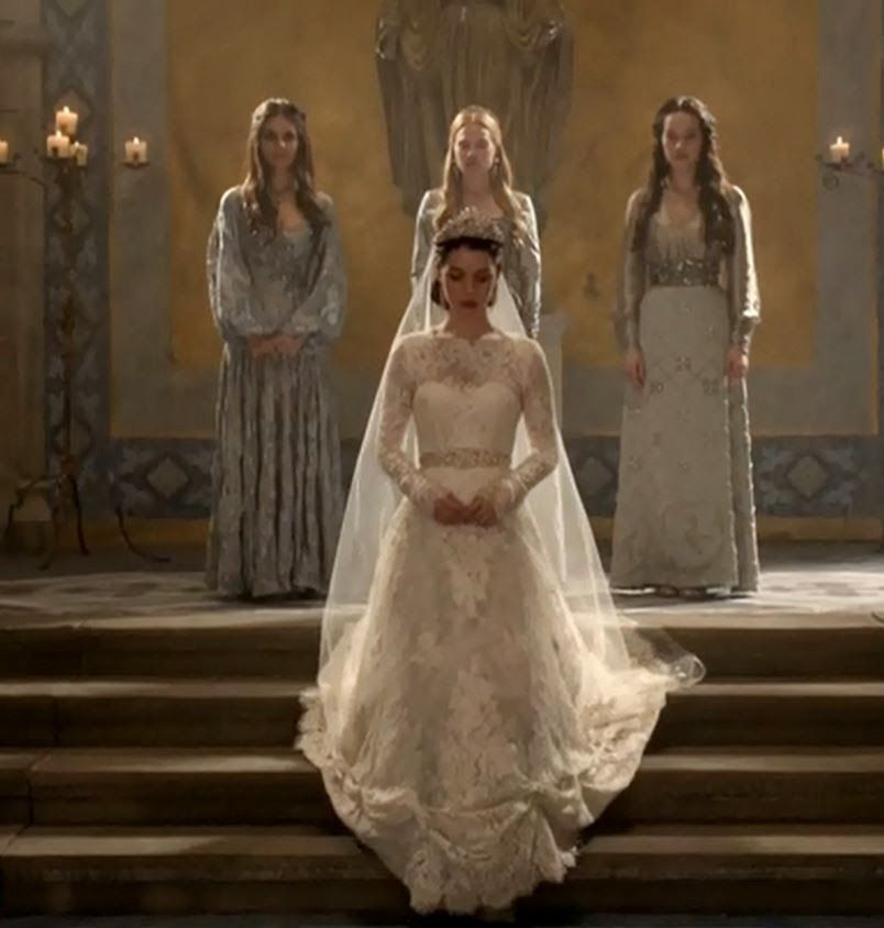 The gallery for mary queen of scots reign wedding dress for Reign mary wedding dress