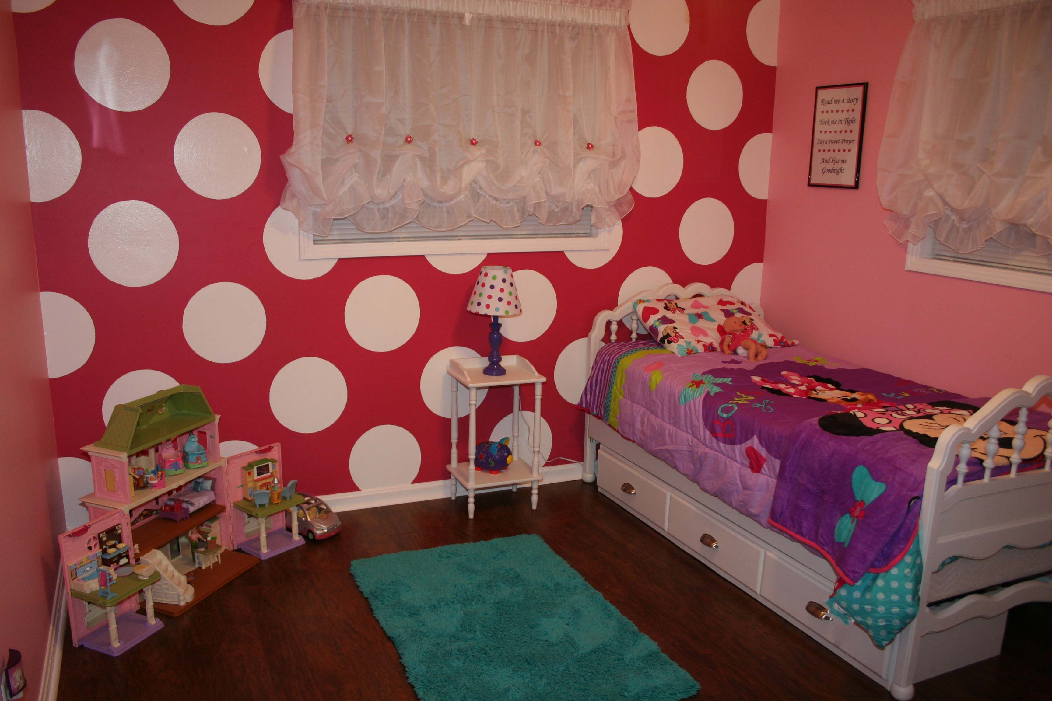 minnie mouse room trinity 39 s minnie mouse bedroom pinterest