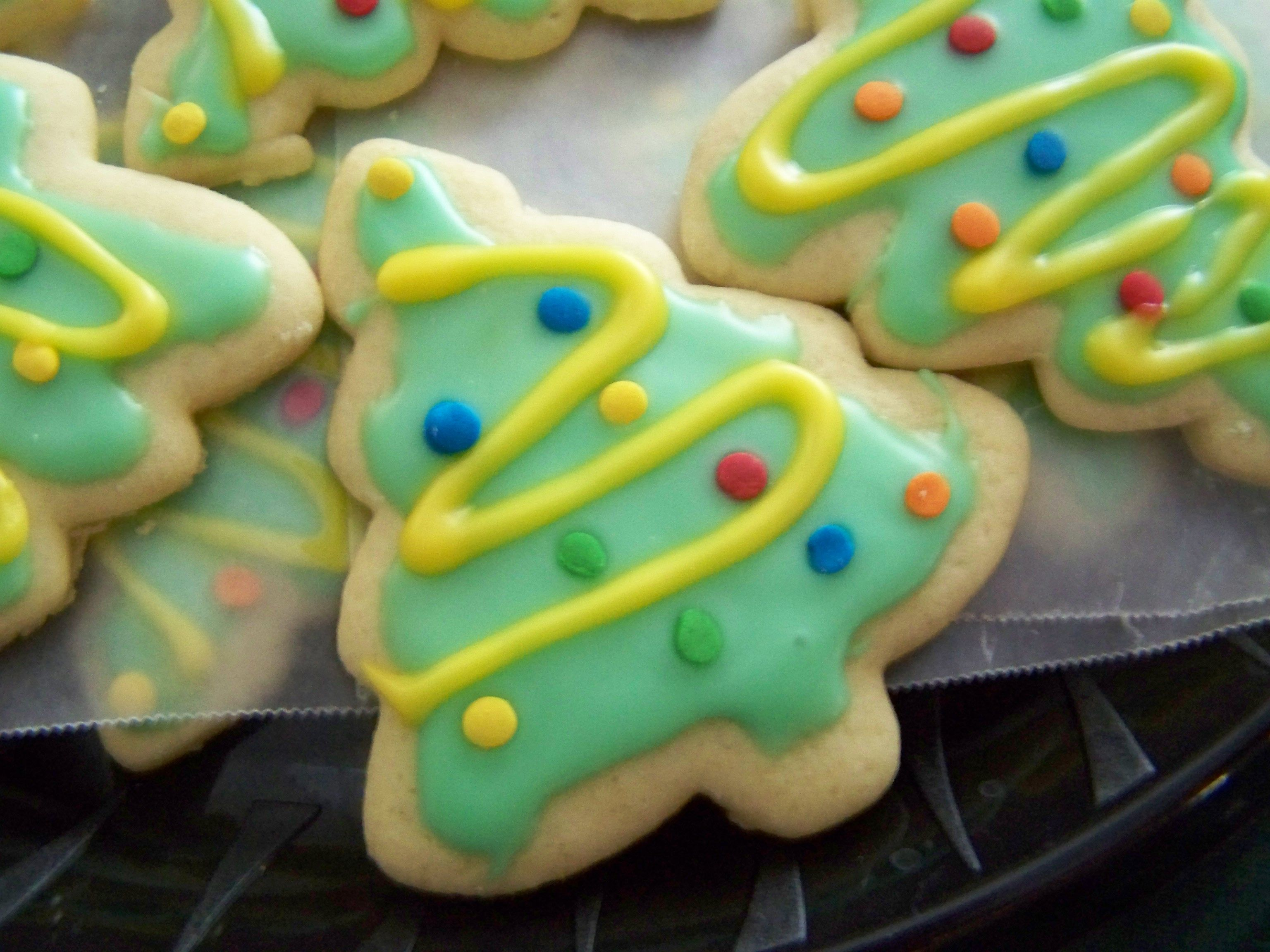 Decorating Ideas For Christmas Tree Cookies : Christmas tree cookies cookie decorating ideas
