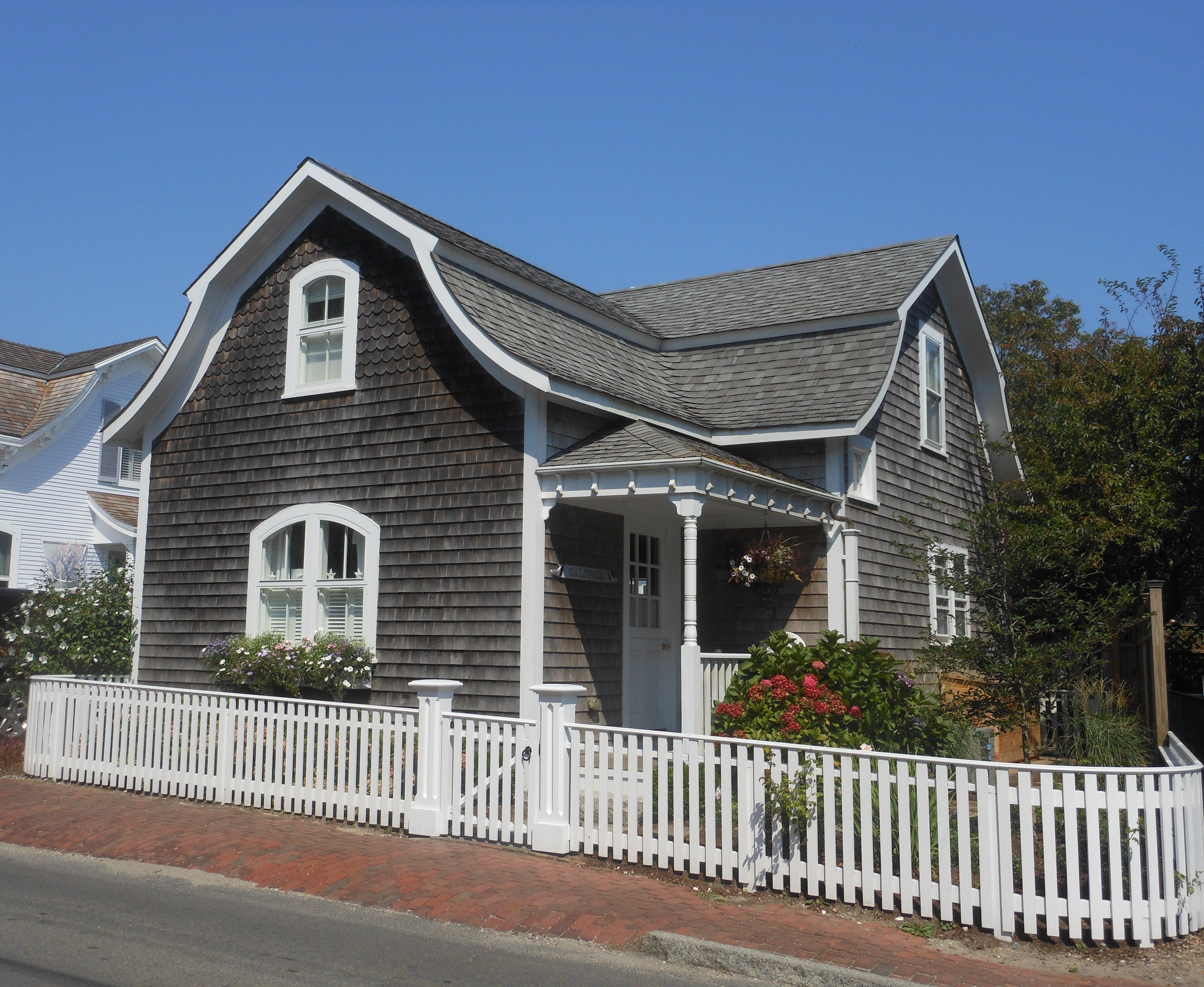 Nantucket Cottage Small Houses Pinterest