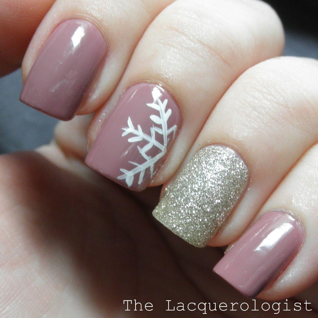 Winter Nail Art: Winter Nail Art Snowflake Glitter