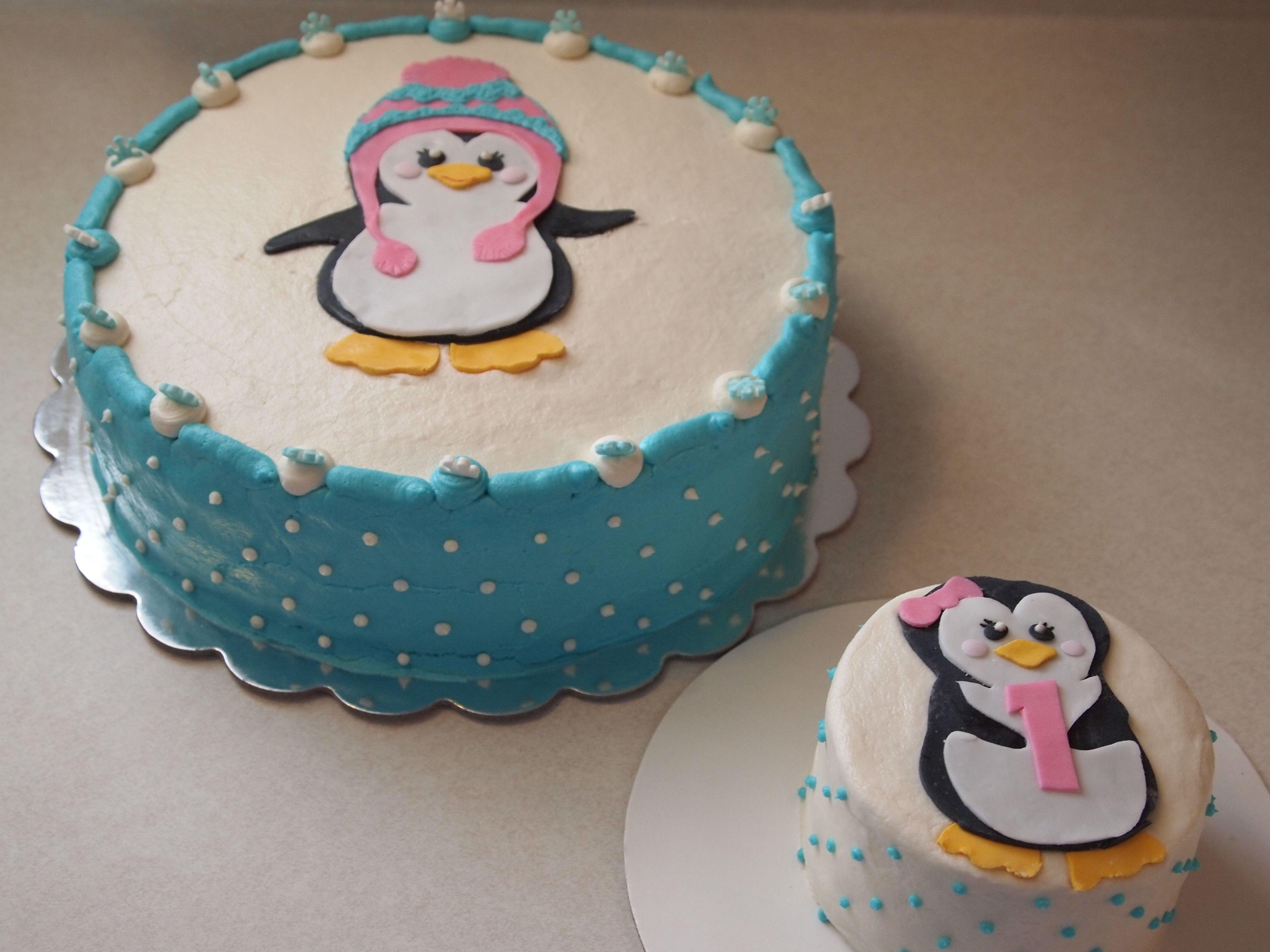 Penguin first birthday cake Birthday party ideas Pinterest