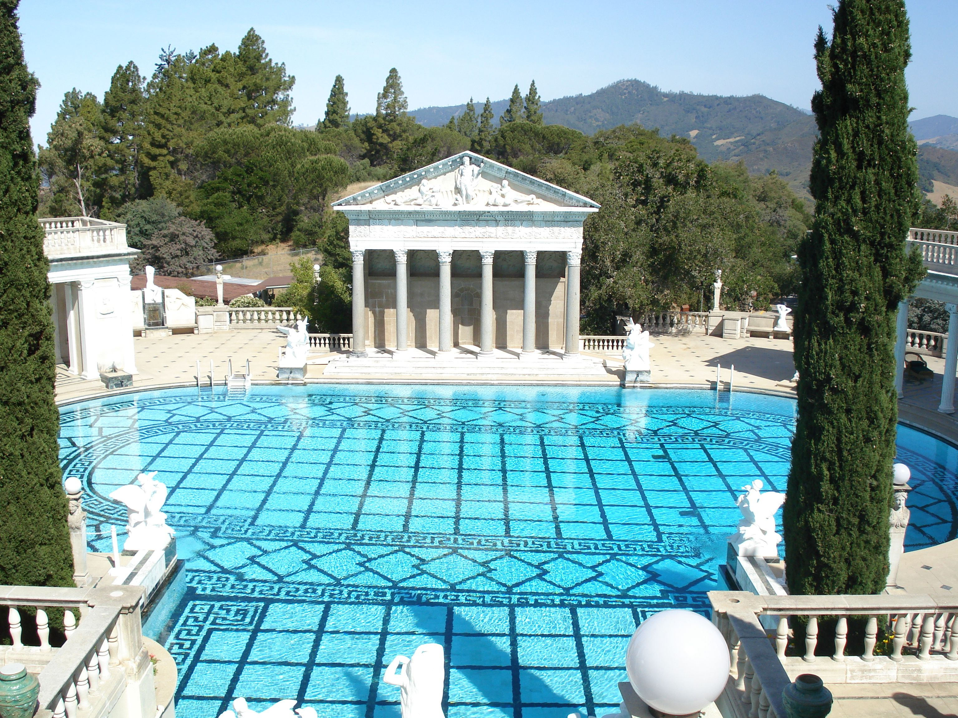 Hearst castle neptune pool gorgeous gardens pools and for Castle gardens pool